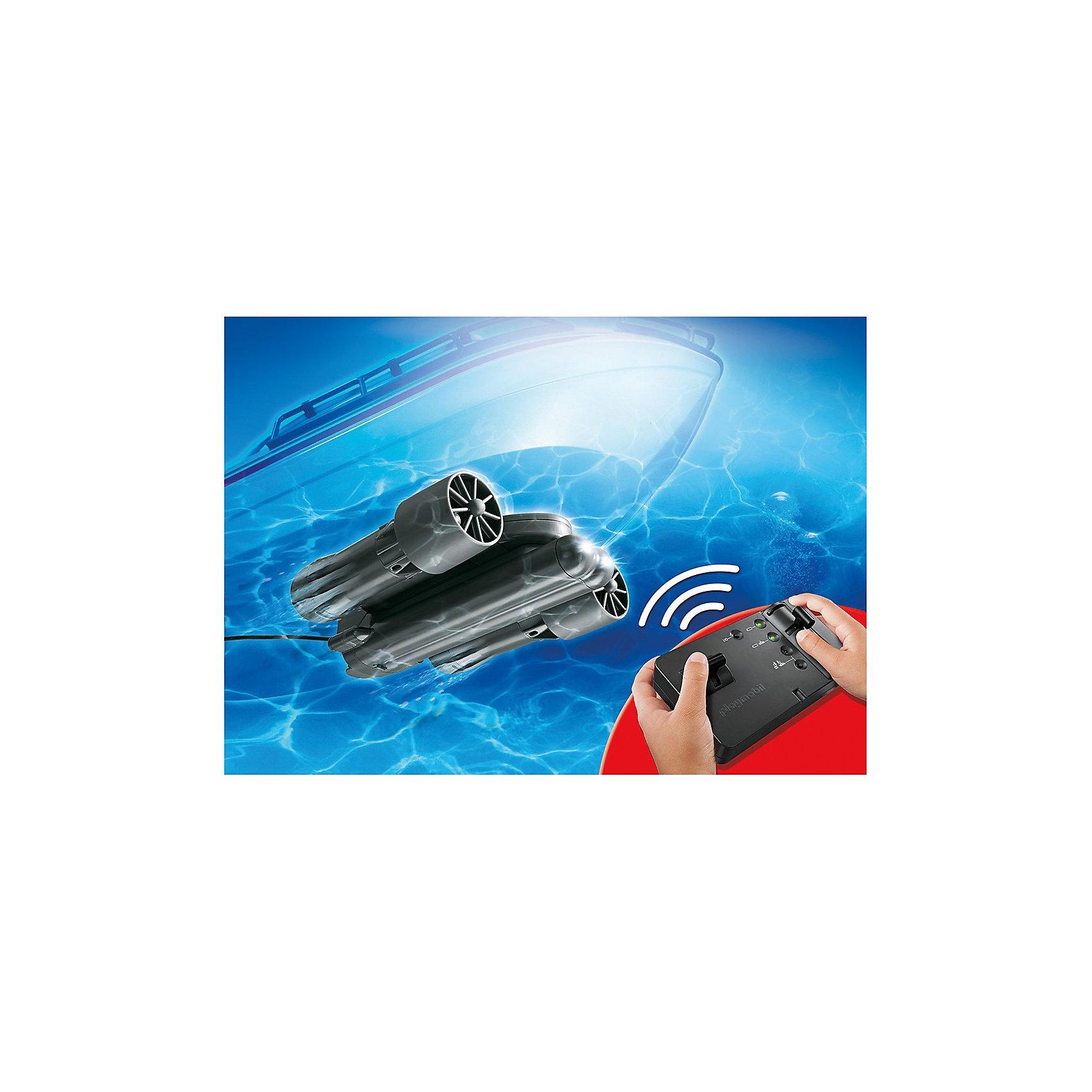 PLAYMOBIL 5536 Р/у подводный мотор для яхтыПластмассовые конструкторы<br>Конструктор PLAYMOBIL (Плеймобил) 5536 Роскошная яхта: Радиоуправляемый подводный мотор - прекрасная возможность попрактиковаться водить настоящий корабль (продается отдельно)! <br>Мотор совместим с большинством яхт и кораблей PLAYMOBIL (Плеймобил). Прикрепи мотор и управляй движением своего судна с помощью удобного пульта. Почувствуй себя капитаном с суперсовременного корабля с набором PLAYMOBIL (Плеймобил) 5536 Роскошная яхта: Радиоуправляемый подводный мотор.<br><br>Дополнительная информация:<br><br>- Конструкторы PLAYMOBIL (Плеймобил) отлично развивают мелкую моторику, фантазию и воображение;<br>- В наборе: мотор, крепление, пульт управления;<br>- Для работы необходимо 6 батареек 1,5V, и 1 батарейка 9V;<br>- Совместим с большинством лодок и кораблей PLAYMOBIL (Плеймобил), которые продаются отдельно;<br>- Материал: безопасный пластик;<br>- Размер упаковки: 35 х 25 х 7 см<br><br>Конструктор PLAYMOBIL (Плеймобил) 5536 Роскошная яхта: Радиоуправляемый подводный мотор можно купить в нашем интернет-магазине.<br><br>Ширина мм: 352<br>Глубина мм: 251<br>Высота мм: 78<br>Вес г: 849<br>Возраст от месяцев: 84<br>Возраст до месяцев: 144<br>Пол: Унисекс<br>Возраст: Детский<br>SKU: 3350677