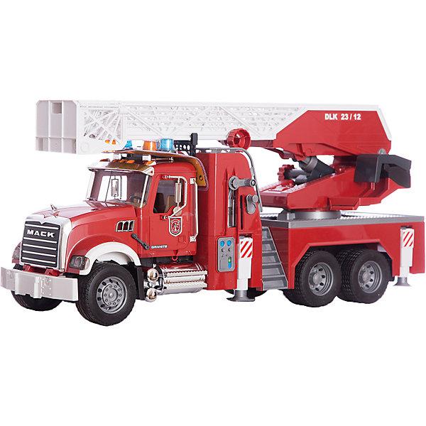 Пожарная машина MACK с выдвижной лестницей и помпой, BruderИдеи подарков<br>Пожарная машина MACK с выдвижной лестницей и помпой, Bruder (Брудер) выполнена с высокой степень детализации и является точной копией реальной техники в масштабе 1:16. Автотехника Брудер отличается высоким качеством исполнения и проработкой всех деталей и представляет для ребенка большую познавательную ценность.<br><br>Кабина водителя оснащена вращающимся рулем, 2 креслами, декоративными рычагами управления и открывающейся дверью. Капот машины открывается, под ним расположен двигатель. В машине есть большой отсек с дверью для хранения инструментов.<br><br>Пожарная лестница закреплена на вращающейся на 360° платформе, поднимается и опускается с помощью рукоятки (максимальная высота в выдвинутом состоянии - 120 см.). На конце лестнице закреплена корзина для пожарного. Для обеспечения устойчивости машина оснащена 4-мя стойками-упорами.<br><br>Машинка оборудована встроенным баком для воды и длинным рукавом. Водяной помповый насос подает воду в шланг с разбрызгивателем.  <br><br>На кабине закреплен модуль со световыми и звуковыми эффектами: звук работающего двигателя, гудок, звук американской и европейской сирены, проблесковые маячки на крыше.<br>Хромированные элементами  (радиатор, бак, козырек, поручни, зеркала, выхлопная труба) придают машине большую реалистичность. Колёса прорезинены.<br><br>Дополнительная информация:<br><br>- Материал: высококачественный пластик, резина.<br>- Требуются батарейки: 2 батарейки типа ААА 1,5 V (входят в комплект). <br>- Размер игрушки: 63 х 20 х 26,5 см. <br>- Размер упаковки: 20,5 х 71 х 29 см. <br>- Вес: 3 кг.<br><br> Пожарную машину MACK Bruder можно купить в нашем интернет-магазине.<br><br>Ширина мм: 623<br>Глубина мм: 332<br>Высота мм: 231<br>Вес г: 3749<br>Возраст от месяцев: 36<br>Возраст до месяцев: 96<br>Пол: Мужской<br>Возраст: Детский<br>SKU: 3361298