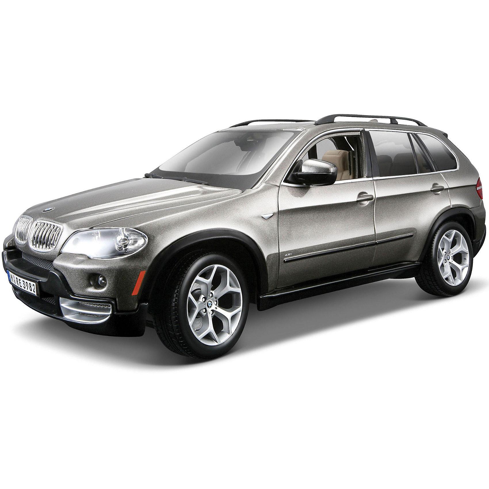 Машина BMW X5 1:18, BburagoКоллекционные модели<br>Модель машины BMW X5, Bburago станет замечательным подарком для автолюбителей и коллекционеров всех возрастов. Модель отличаются высокой степенью детализации и тщательной проработкой всех элементов.<br><br>Машинка BMW X5 представляет собой точную копию настоящего автомобиля в масштабе 1:18. Впервые внедорожник BMW X5 была представлен в 1999 году на автосалоне в Детройте, автомобиль сочетает в себе комфорт, динамику и высокие качества внедорожника. Модель от Bburago оснащена прочными стеклами и зеркалами заднего вида, интерьер салона и панель управления тщательно проработаны. Двери, багажник и капот открываются. Корпус модели выполнен из металла с элементами из пластика.<br><br>Дополнительная информация:<br><br>- Материал: металл, пластик, колеса прорезиненные.<br>- Масштаб: 1:18.<br>- Размер: 12 х 29,6 х 17,5 см.<br>- Вес: 1,12 кг. <br><br>Модель машины BMW X5, Bburago (Бураго) можно купить в нашем интернет-магазине.<br><br>Ширина мм: 296<br>Глубина мм: 120<br>Высота мм: 200<br>Вес г: 1030<br>Возраст от месяцев: 144<br>Возраст до месяцев: 1164<br>Пол: Мужской<br>Возраст: Детский<br>SKU: 3369435