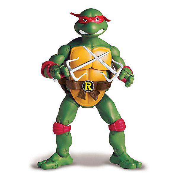 Фигурка Рафаэль,15 см, Черепашки НиндзяФигурки из мультфильмов<br>Фигурка «Черепашки – ниндзя» Рафаэль из классической серии выполнена на основе макетов мультсериала 1987 года.<br>«Черепашка – ниндзя» Рафаэль – в ранних комиксах изображался как активный и подозрительный ниндзя, ревнующий к лидерству Леонардо, что в некотором смысле осталось и в мультфильмах 2003 и 2007 годов.<br>В мультсериалах и последующих работах характер Рафаэля изменился.<br>Авторы придали ему наклонности философа и своеобразное чувство юмора, которое он проявляет, комментируя происходящее в парадоксальной манере.<br>Игрушка уникальна, так как  ниндзя Рафаэль 100%  реалистичен.<br>Игрушка-фигурка «Черепашки - ниндзя» Рафаэль развивает воображение,  мелкую моторику, формирует навыки ролевой игры, умение воспроизводить запомнившиеся события мультфильма.<br>Одновременно развивается внутренняя речь.  Ребенок будет играть, подражая действиям отважного героя сериала.<br><br>Игра будет способствовать развитию таких личностных качеств, как:<br>- смелость<br>- доброта<br>- умение дружить и общаться<br><br>Фигурка «Черепашки – ниндзя» Рафаэль полностью подвижна (37 подвижных деталей), что позволяет при игре фиксировать нужное положение фигурки. Именно этого ждет ваш ребенок, когда берет в руки любимого реалистичного героя.<br><br>Дополнительная информация:<br><br>- В комплекте: фигурка  Черепашки-ниндзя Рафаэль, коллекционный люк, оружие Рафаэля кинжал - Сай.<br>- Размер фигурки 15 см.<br>- Размер упаковки (Ш х В х Г): 19 х 30 х 8 см.<br>- Материал: пластик<br>- Батарейки: не требуются, электронных эффектов нет.<br>- Вес: 0,413 кг.<br><br>Фигурку «Черепашки Ниндзя Рафаэль» (Ninja Turtles) можно купить в нашем интернет-магазине.<br>Ширина мм: 190; Глубина мм: 70; Высота мм: 305; Вес г: 413; Возраст от месяцев: 48; Возраст до месяцев: 132; Пол: Мужской; Возраст: Детский; SKU: 3384057;