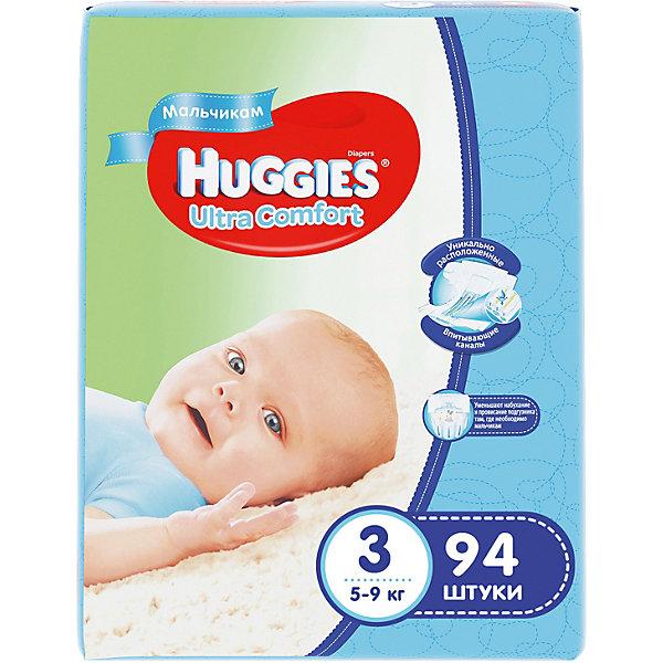Подгузники Huggies Ultra Comfort 3 Giga Pack для мальчиков, 5-9 кг, 94 шт.Подгузники классические<br>С первых дней жизни мальчики и девочки такие разные.<br><br>Новые подгузники Huggies Ultra Comfort созданы специально для мальчиков и специально для девочек. Для лучшего впитывания распределяющий слой в этих подгузниках расположен там, где это нужнее всего: по центру для девочек и выше для мальчиков. Huggies Ultra Comfort изготовлены из мягких материалов с микропорами, которые позволяют коже «дышать». Специальные тянущиеся застежки с закругленными краями надежно фиксируют подгузник, а широкий суперэластичный поясок позволяет малышам свободно двигаться.<br><br>Ключевые преимущества новых Huggies Ultra Comfort:<br><br>- Широкий суперэластичный поясок помогает надежно фиксировать подгузник по спинке малыша и защищать кожу от натирания<br>- Анатомическая форма. Изогнутые резиночки повторяют анатомическую форму подгузника, помогая защитить от натирания между ножками <br>- Ультра мягкий внутренний слой по всей длине подгузника оберегает кожу малыша.<br>- Специально разработанный слой Dry Touch впитывает за секунды и помогает запереть влагу внутри.<br>- Яркие эксклюзивные подгузники c дизайном от Disney подчеркивают индивидуальность маленьких модников и модниц.<br><br>Huggies Ultra Comfort для мальчиков и для девочек — потому что они такие разные.<br><br>Дополнительная информация:<br><br>Для мальчиков.<br>Размер: 3, для малышей от 5 до 9 кг.<br>В упаковке: 94 шт.<br><br>Подгузники Huggies Ultra Comfort для мальчиков Giga Pack (3) 5-9 кг, 94 шт. можно купить в нашем интернет-магазине.<br>Ширина мм: 410; Глубина мм: 405; Высота мм: 107; Вес г: 3008; Возраст от месяцев: 0; Возраст до месяцев: 9; Пол: Мужской; Возраст: Детский; SKU: 3389825;