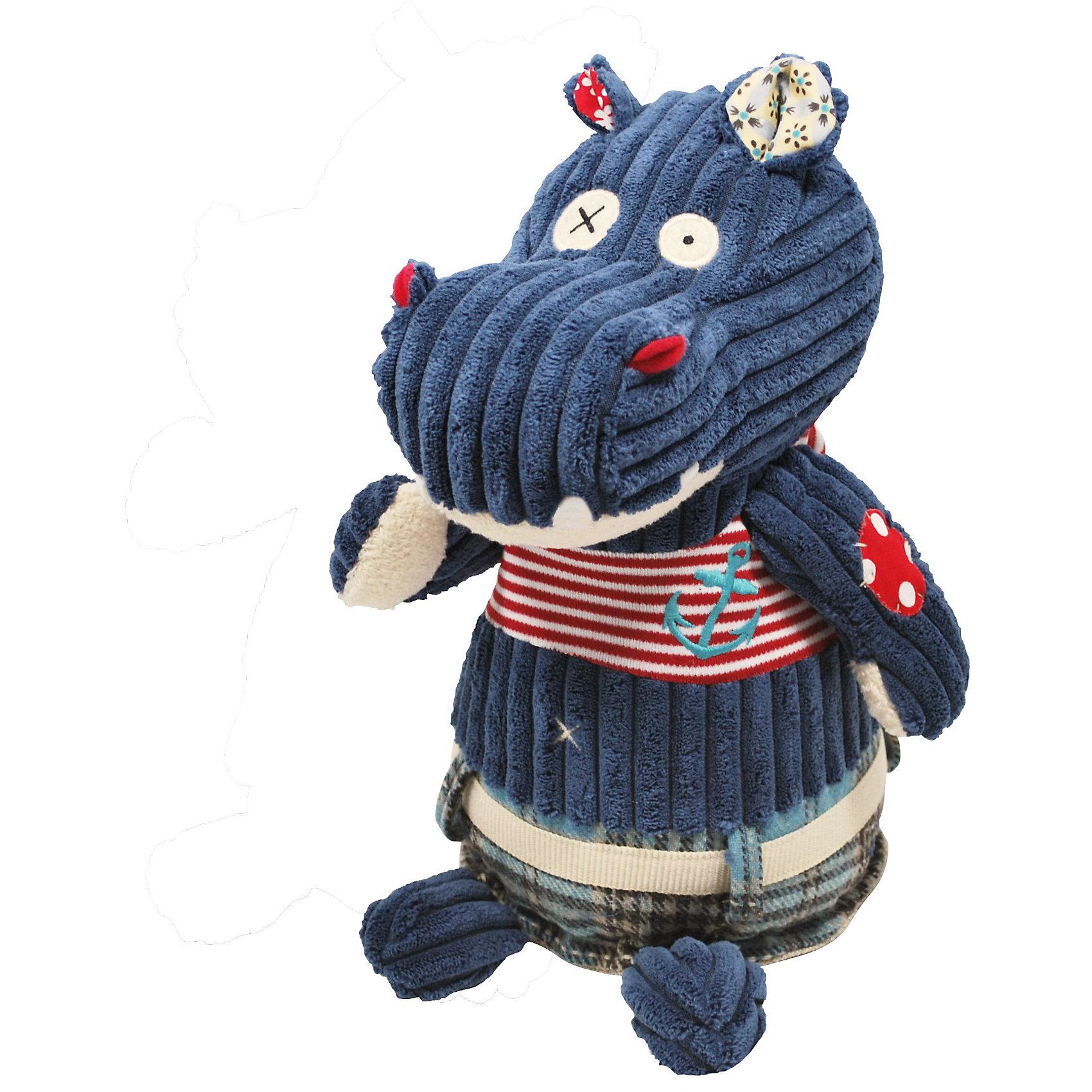 Бегемотик Hippipos Original, DEGLINGOSЗвери и птицы<br>Бегемотик Hippipos Original, DEGLINGOS (Хиппипос Ориджинал, Деглингос) – мягкая дизайнерская игрушка французского бренда Deglingos. <br><br>Бегемотик с заплатками - милый и приятный на ощупь, обязательно влюбит в себя с первого взгляда и ребенка и взрослого. Бегемотик Hippipos – любитель морских прогулок - необычный, добрый и трогательный,  о нем хочется заботиться и везде брать с собой. Для создания Бегемотика использовано несколько видов тканей для развития тактильных ощущений.<br><br>Дополнительная информация:<br><br>- Размер: 27 см<br>- Материал: текстиль<br><br>Бегемотик Hippipos Original, DEGLINGOS (Хиппипос Ориджинал, Деглингос)  – отличный подарок для Вашего ребенка, с которым ему будет приятно играть и засыпать. <br><br>Бегемотик Hippipos Original, DEGLINGOS (Хиппипос Ориджинал, Деглингос) можно купить в нашем магазине.<br><br>Ширина мм: 250<br>Глубина мм: 300<br>Высота мм: 60<br>Вес г: 350<br>Возраст от месяцев: 24<br>Возраст до месяцев: 192<br>Пол: Унисекс<br>Возраст: Детский<br>SKU: 3410792