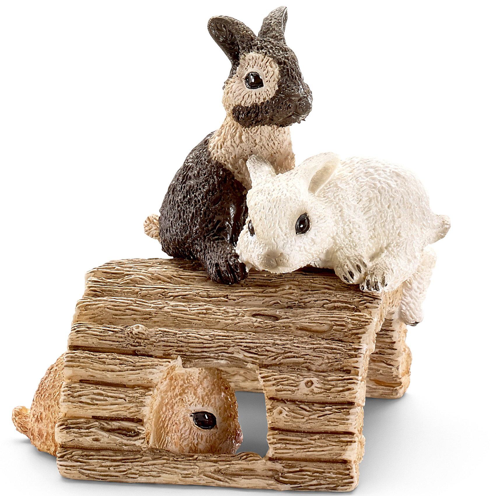 Играющие кролики, SchleichМир животных<br>Играющие кролики, Schleich (Шляйх) - коллекционная и игровая фигурка от немецкого производителя Schleich (Шляйх).<br>Очаровательные маленькие разноцветные кролики, сидящие на деревянной дощечке, непременно понравятся вашему ребенку и станут прекрасным пополнением коллекции его фигурок домашних животных. Кролики являются очень популярным видом домашних животных и составляют более 50 разновидностей. Эти травоядные маленькие зверьки нуждаются в постоянном потреблении большого количества пресной воды. Из-за способности выдерживать низкие температуры, кролики могут жить в холодном климате на открытом воздухе. Все фигурки Schleich (Шляйх) сделаны из гипоаллергенных высокотехнологичных материалов, раскрашены вручную и не вызывают аллергии у ребенка. Прекрасно выполненные фигурки Schleich (Шляйх) отличаются высочайшим качеством игрушек ручной работы. Все они создаются при постоянном сотрудничестве с Берлинским зоопарком, а потому, являются максимально точной копией настоящих животных. Каждая фигурка разработана с учетом исследований в области педагогики и производится как настоящее произведение для маленьких детских ручек.<br><br>Дополнительная информация:<br><br>-Размер фигурки: 2,5 x 6,1 x 3 см.<br>-Вес фигурки: 9 грамм<br>-Материал: каучуковый пластик<br><br>Играющие кролики, Schleich (Шляйх) - подарит вашему ребенку радость и поможет знакомиться с окружающим миром.<br><br>Фигурку Играющие кролики, Schleich (Шляйх) можно купить в нашем интернет-магазине.<br><br>Ширина мм: 66<br>Глубина мм: 71<br>Высота мм: 48<br>Вес г: 16<br>Возраст от месяцев: 36<br>Возраст до месяцев: 96<br>Пол: Унисекс<br>Возраст: Детский<br>SKU: 3443118
