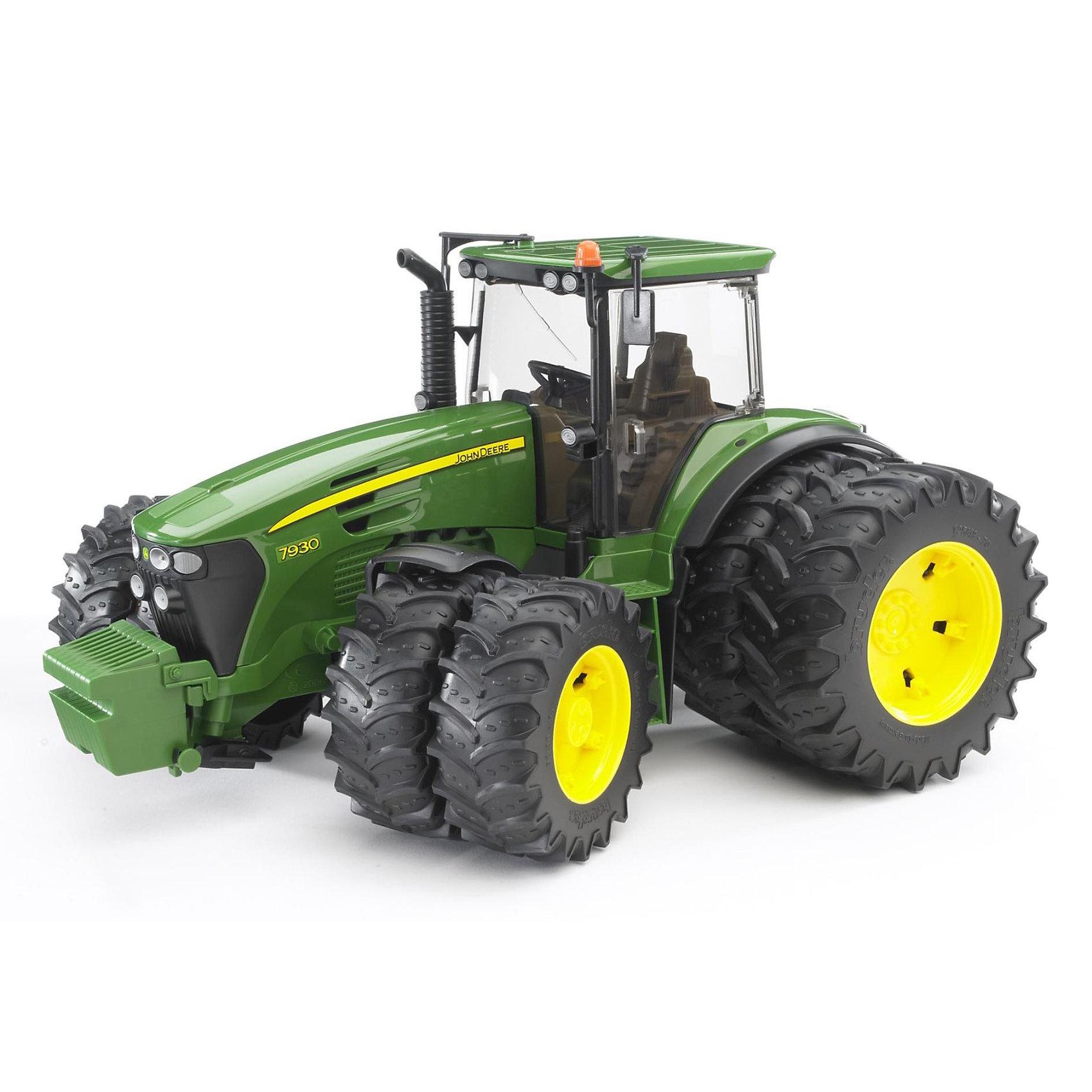 Трактор John Deere с двойными колёсами, BruderМашинки<br>Трактор John Deere с двойными колёсами, Bruder (Брудер) - это качественная детализированная игрушка с подвижными элементами.<br>Трактор John Deere от немецкого производителя игрушек Bruder (Брудер) - это уменьшенная полноценная копия настоящей машины! Модель отличается высокой степенью детализации. Кабина трактора с открывающимися дверьми и люком, прозрачным пластиком на окнах, водительским сидением, рулем и декоративными рычагами тщательно проработана. Даже протекторы шин на колесах игрушечной модели имитируют оригинал. Капот трактора поднимается, открывая доступ к двигателю. Передняя ось оснащена амортизатором, что позволит трактору сохранять устойчивость на любых труднопроходимых участках дороги, легко преодолевая препятствия на своём пути. Широкие большие сдвоенные колёса трактора с крупным протектором обладают повышенной проходимостью. Колеса прорезиненные. Они не гремят при езде и не царапают пол. Управление передними колесами осуществляется с помощью руля в кабине или дополнительного руля, который вставляется через отодвигающее отверстие на крыше трактора. Есть фаркоп для прицепных устройств. Игрушка изготовлена из высококачественного пластика, устойчивого к износу и ударам. Продукция сертифицирована, экологически безопасна для ребенка, использованные красители не токсичны и гипоаллергенны.<br><br>Дополнительная информация:<br><br>- Масштаб 1:16<br>- Размер трактора: 37,5 х 37,5 х 20.5 см.<br>- Материал: высококачественный ударопрочный пластик АБС<br>- Цвет: зеленый, черный, желтый<br><br>Трактор John Deere с двойными колёсами, Bruder (Брудер) можно купить в нашем интернет-магазине.<br><br>Ширина мм: 393<br>Глубина мм: 289<br>Высота мм: 220<br>Вес г: 1487<br>Возраст от месяцев: 36<br>Возраст до месяцев: 96<br>Пол: Мужской<br>Возраст: Детский<br>SKU: 3481412