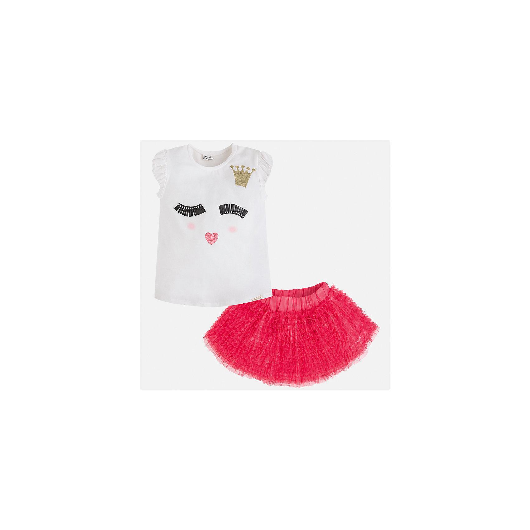 Комплект: топ и юбка для девочки MayoralКомплекты<br>Характеристики товара:<br><br>• цвет: белый/розовый<br>• состав: 57% хлопок, 38% полиэстер, 5% эластан<br>• комплектация: юбка, топ<br>• топ декорирован принтом<br>• юбка с рюшами<br>• пояс на резинке<br>• страна бренда: Испания<br><br>Стильный качественный комплект для девочки поможет разнообразить гардероб ребенка и красиво одеться в теплую погоду. Он отлично сочетается с другими предметами. Универсальный цвет позволяет подобрать к вещам обувь практически любой расцветки. Интересная отделка модели делает её нарядной и оригинальной. В составе материала - натуральный хлопок, гипоаллергенный, приятный на ощупь, дышащий.<br><br>Одежда, обувь и аксессуары от испанского бренда Mayoral полюбились детям и взрослым по всему миру. Модели этой марки - стильные и удобные. Для их производства используются только безопасные, качественные материалы и фурнитура. Порадуйте ребенка модными и красивыми вещами от Mayoral! <br><br>Комплект для девочки от испанского бренда Mayoral (Майорал) можно купить в нашем интернет-магазине.<br><br>Ширина мм: 207<br>Глубина мм: 10<br>Высота мм: 189<br>Вес г: 183<br>Цвет: розовый<br>Возраст от месяцев: 84<br>Возраст до месяцев: 96<br>Пол: Женский<br>Возраст: Детский<br>Размер: 128,122,116,110,98,104,134<br>SKU: 3517388