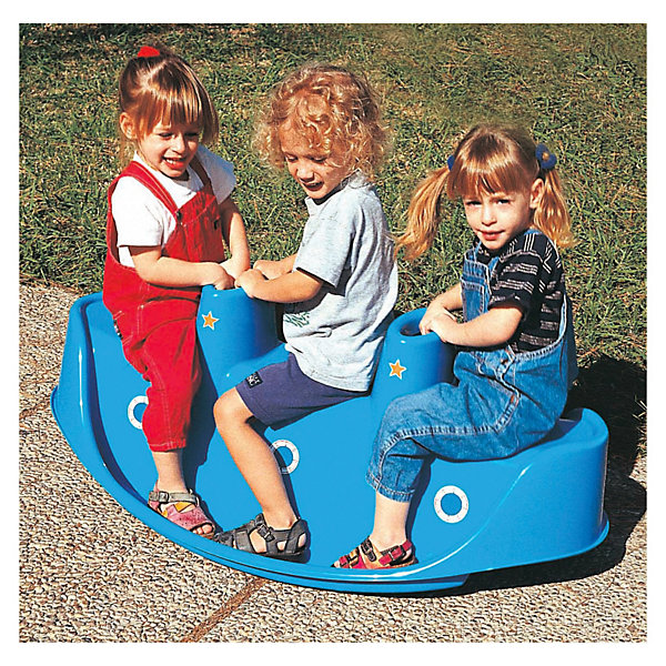 PalPlay Качели 3-местныеКачели и качалки<br>Замечательные 3-местные качели Marianplast (Марианпласт) - идеальное развлечение для веселого летнего отдыха на даче или детской площадке. <br><br>Качели с оригинальным дизайном выполнены в форме кораблика, по бокам расположены небольшие бортики-спинки, чтобы ребенок не соскальзывал во время катания. Качели оснащены двумя удобными ручками в виде труб корабля, снизу имеется бортик-подножка. Кораблик украшен круглыми наклейками-окошками и двумя звездами на трубах.<br>Одновременно на качелях могут кататься трое детишек.<br><br>Качели рассчитана на максимально безопасный для малышей диапазон качания, отсутствуют острые углы. Игрушка-качели способствует развитию вестибулярного аппарата,  ловкости и координации движений. Качели можно использовать как на улице, так и в помещениях.<br><br>Дополнительная информация:<br><br>- Материал: гипоаллергенная пластмасса, устойчивая к выцветанию.<br>- Размер: 114 x 57 x 44 см. <br>- Вес: 3 кг.<br><br>Качельку 3-х местную от Marianplast (Марианпласт) можно купить в нашем интернет-магазине.<br>Ширина мм: 1140; Глубина мм: 570; Высота мм: 440; Вес г: 2920; Возраст от месяцев: 24; Возраст до месяцев: 96; Пол: Унисекс; Возраст: Детский; SKU: 3527206;
