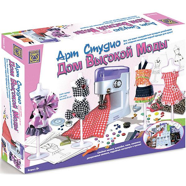 Швейная машинка Дом высокой моды, CreativeШитьё<br>Набор Дом высокой моды Creative - увлекательный набор для творчества, который позволит маленькой рукодельнице почувствовать себя настоящим дизайнером и создать коллекцию модной одежды для любимых кукол.<br><br>В наборе есть все необходимое для создания оригинальных стильных нарядов: швейная машина, выкройки, ткань, манекены, декоративные камешки и много другое. В подробной  инструкции Вы найдете идеи для создания моделей одежды и советы по их изготовлению.<br><br>Дополнительная информация:<br><br>- Размер упаковки: 48 х 38 х 10 см. <br>- Вес: 1,6 кг.<br>- Для работы швейной машинки необходимы 4 батарейки типа АА - 1.5 V (в комплекте нет)<br><br>- В комплекте:  швейная машинка размером 15.5 x 10.5 x 7 cм<br>- 4 пластиковых манекена высотой 22 cм<br>- набор булавок<br>- украшения (разноцветные ленты, пуговки и т.д.) - около 106 шт<br>- декоративные камешки около 80 шт<br>- 11 полотен тканей различных цветов и фактуры размером 25 x 20 cм<br>- 2 шпульки с нитками для швейной машинки<br>- металлическая игла для ручного шитья,<br>- металлический нитковдеватель,<br>- маленькая отвёртка,<br>- 7 бумажных выкроек различных моделей,<br>- набор эскизов к предложенным моделям,<br>- цветные инструкции.<br><br>Набор Дом высокой моды от Creative можно купить в нашем интернет-магазине.<br><br>Ширина мм: 480<br>Глубина мм: 380<br>Высота мм: 100<br>Вес г: 1600<br>Возраст от месяцев: 84<br>Возраст до месяцев: 144<br>Пол: Женский<br>Возраст: Детский<br>SKU: 3530667