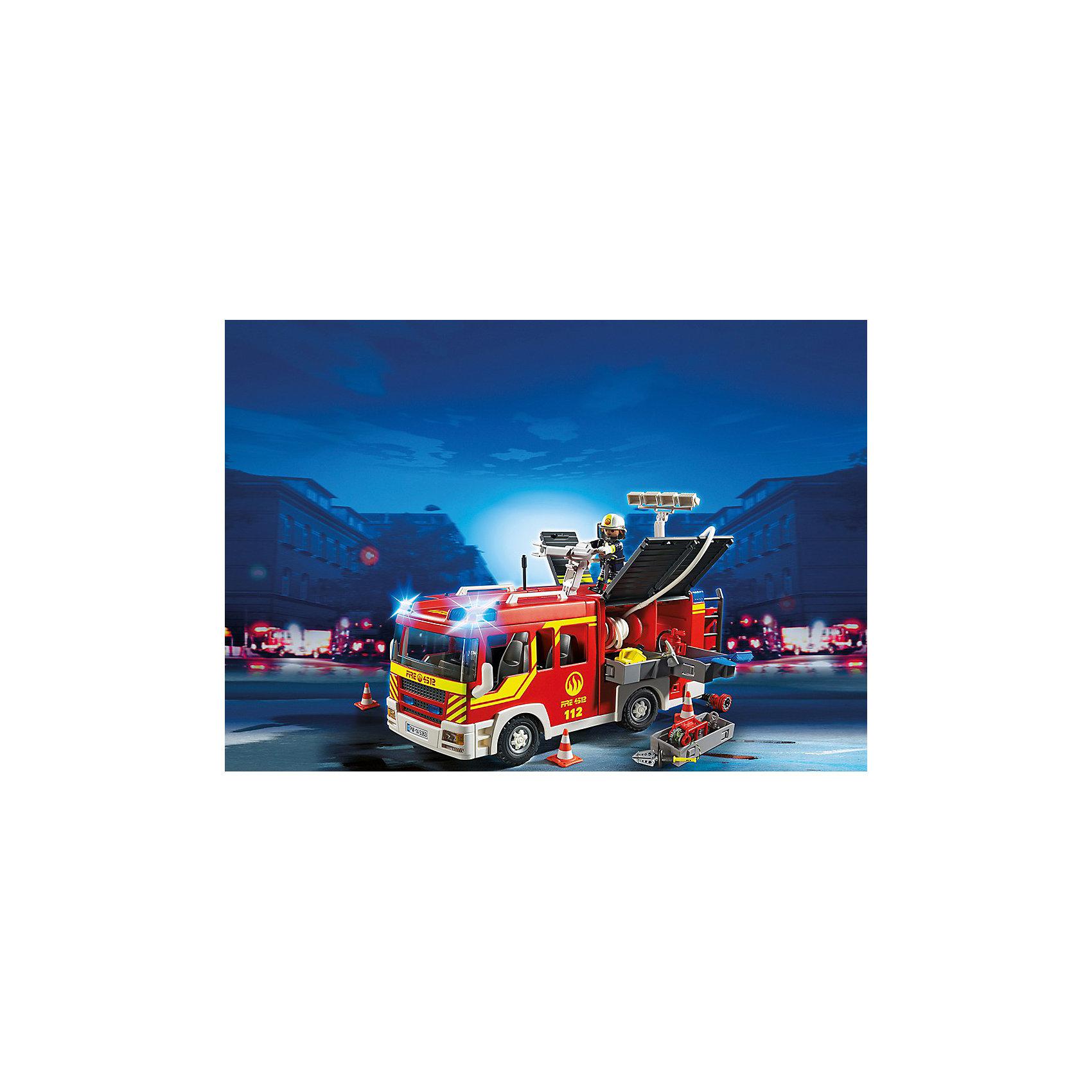Пожарная машина со светом и звуком, PLAYMOBILКонструктор PLAYMOBIL (Плеймобил) 5363 Пожарная служба: Пожарная машина со светом и звуком - находка для заботливых родителей! Конструктор Вашего ребенка должен быть именно таким: красочным, безопасным и очень интересным. Серия Пожарная служба специально создана для малышей которые не боятся опасности и мечтают помогать другим людям. Пожарные - самая отважная профессия! Настоящий пожарный должен быть смелым, сильным и очень ловким. В наборе Пожарная машина со светом и звуком ребенок найдет фигурку пожарного, одетого в специальную форму, каску и перчатки. Он легко управляет большой пожарной машиной, которая оборудована по последнему слову техники. Две мигалки помогают оказаться на месте возгорания за считанные минуты. Пожарный быстро расставляет конусы, разматывает шланги и направляет брандспойт на горящее здание. В машине множество инструментов, которые могут оказаться полезными если что-то пойдет не по плану. Создай интересные сюжеты с набором Пожарная машина со светом и звуком или объедини его с другими наборами серии и игра станет еще интереснее. Придумывая замечательные сюжеты с деталями конструктора, Ваш ребенок развивает фантазию, учится заботе и просто прекрасно проводит время!<br><br>Дополнительная информация:<br><br>- Конструкторы PLAYMOBIL (Плеймобил) отлично развивают мелкую моторику, фантазию и воображение;<br>- В наборе: минифигурка пожарного, пожарная машина, огнетушитель, лопата, веревка, инструменты, аксессуары;<br>- Количество деталей: 120 шт;<br>- Материал: безопасный пластик;<br>- Для работы необходимы 2 батарейки типа ААА (не в комплекте);<br>- Размер минифигурки: 7,5 см;<br>- Размер упаковки: 13 х 28 х 17 см<br><br>Конструктор PLAYMOBIL (Плеймобил) 5363 Пожарная служба: Пожарная машина со светом и звуком можно купить в нашем интернет-магазине.<br><br>Ширина мм: 352<br>Глубина мм: 248<br>Высота мм: 142<br>Вес г: 1228<br>Возраст от месяцев: 60<br>Возраст до месяцев: 120<br>Пол: Мужской<br>Возраст: Детск