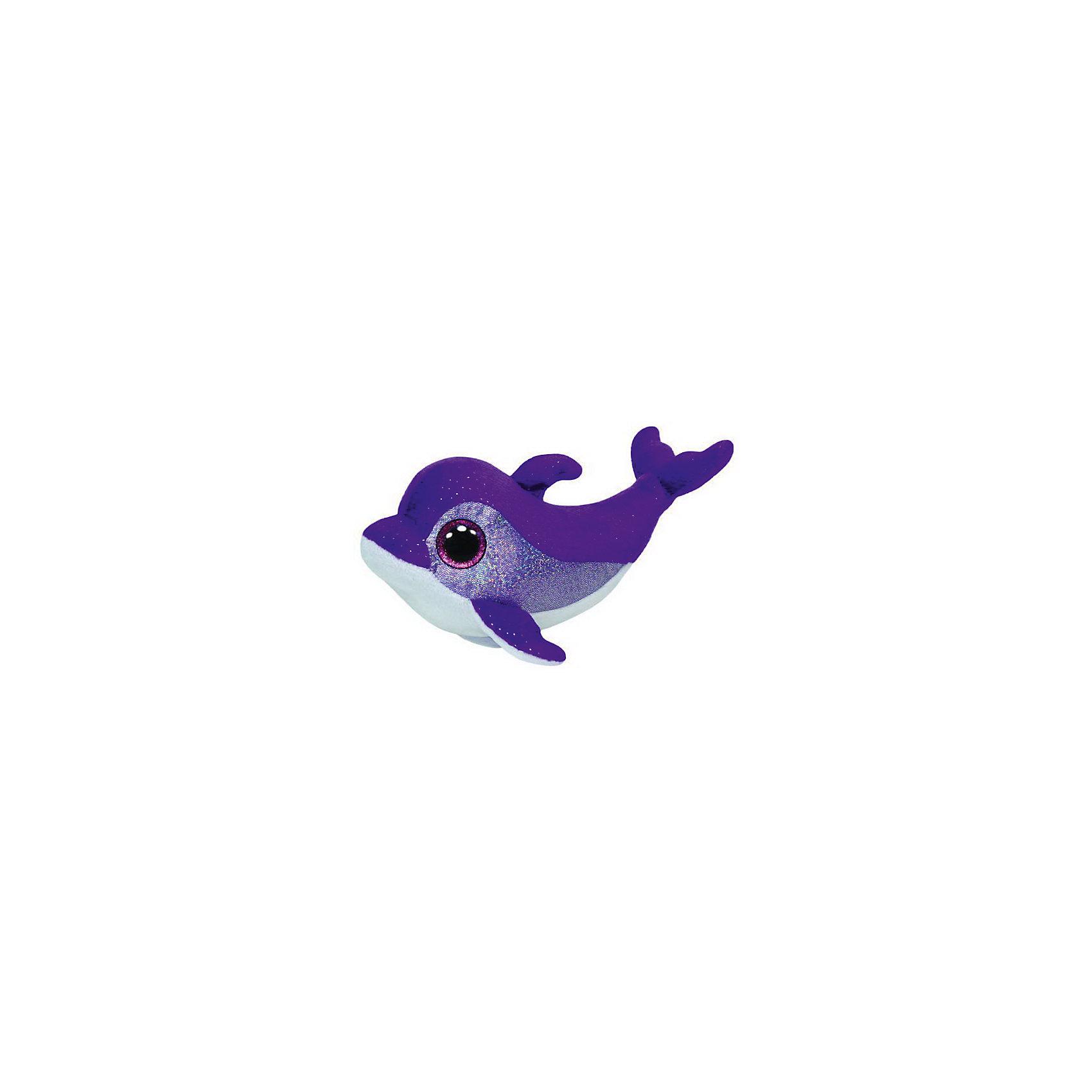 Дельфин Flips, 15,24 смЗамечательный Дельфин Flips от Ту станет самым лучшим другом Вашему малышу. Он станет любимой игрушкой, с которой можно весело играть днем и уютно засыпать ночью. Игрушечный дельфинчик составит приятную компанию малышу на прогулке. Он представляет новую коллекцию мягких игрушек Beanie Boos. Особенность игрушки в том, что она понравится как мальчикам, так и девочкам. Замечательный Дельфин Flips с невероятно добрыми искренними глазками еще никого не оставлял равнодушным! У дельфинчика мягкая шерстка синего цвета и голубое брюшко. Ребенок может разыгрывать любые сюжеты с забавным другом, благодаря чему у него будет развиваться фантазия, воображение, а также навыки сюжетно-ролевой игры. Заботясь о маленьком друге малыш научится бережному отношению к своим вещам, игрушкам и животным. Рассказав ребенку о дельфинах и их жизни в океане, Вы расширите представления малыша об окружающем мире!<br><br>Дополнительная информация:<br><br>- Игрушка развивает: тактильные навыки, зрительную координацию, мелкую моторику рук;<br>- Материалы не вызовут аллергии у Вашего малыша;<br>- Яркие и стойкие цвета приятны для глаз;<br>- Материал: ткань, пластик, искусственный мех;<br>- Наполнение: синтепон;<br>- Высота игрушки: 15,24 см<br><br>Дельфина Flips, Ty, можно купить в нашем интернет-магазине.<br><br>Ширина мм: 162<br>Глубина мм: 99<br>Высота мм: 76<br>Вес г: 79<br>Возраст от месяцев: 12<br>Возраст до месяцев: 60<br>Пол: Унисекс<br>Возраст: Детский<br>SKU: 3547081
