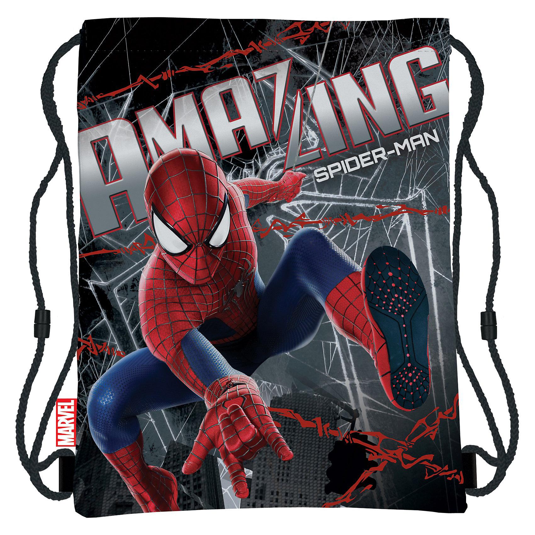 Сумка-рюкзак для обуви, Человек-ПаукСумка-рюкзак для обуви, Человек-паук — удобная вещь при необходимости брать с собой сменную обувь в школу и на спортивные занятия. В качестве завязок используются плотные шнурки, выполняющие одновременно роль лямок рюкзака.  Сумка украшена изображением любимого многими детьми героя — великолепного Человека-Паука!<br><br>Стильный аксессуар станет прекрасным подарком поклонникам Человека-Паука!<br><br>Дополнительная информация:<br><br>- Материал: полиэстер<br>- Размер: 43 х 34 см<br>- Вес: 70 г.<br><br>Сумку-рюкзак для обуви, Человек-паук (Spider-Man) можно купить в нашем интернет-магазине.<br><br>Ширина мм: 20<br>Глубина мм: 400<br>Высота мм: 340<br>Вес г: 710<br>Возраст от месяцев: 48<br>Возраст до месяцев: 84<br>Пол: Мужской<br>Возраст: Детский<br>SKU: 3563067