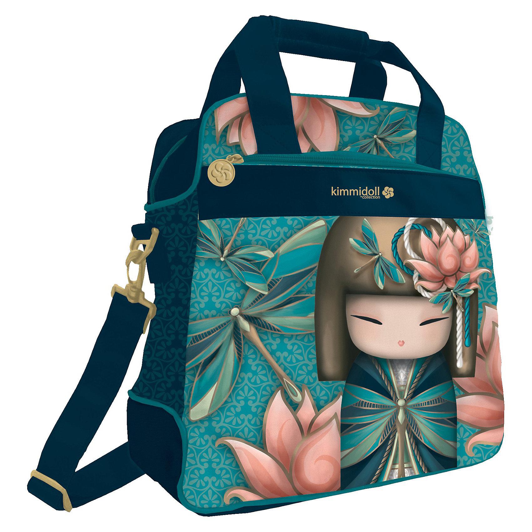 Сумка, KimmidollСумка, Kimmidoll (Киммидолл) – порадуйте своего ребенка стильным аксессуаром.<br>Стильная, яркая сумка с изображением японской куклы-кокеши обязательно понравится вашей маленькой моднице. У сумки: одно отделение, которое закрывается на застежку молнию, один внешний и один внутренний карман; удобные ручки; плечевой ремень.<br><br>Дополнительная информация:<br><br>- Размер: 36 x 35 x 13 см.<br><br>Сумку, Kimmidoll (Киммидолл) можно купить в нашем интернет-магазине.<br><br>Ширина мм: 360<br>Глубина мм: 350<br>Высота мм: 130<br>Вес г: 500<br>Возраст от месяцев: 192<br>Возраст до месяцев: 192<br>Пол: Женский<br>Возраст: Детский<br>SKU: 3563271