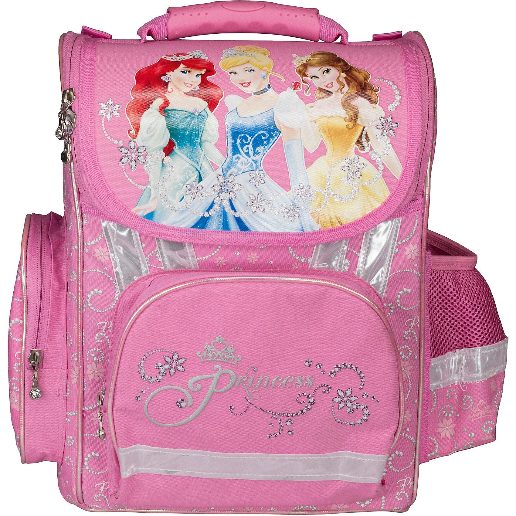 Эргономичный рюкзак, Принцессы ДиснейПринцессы Дисней<br>Рюкзак эргономичный, Disney Princess (Принцессы Диснея) - это максимально удобный и функциональный по своим характеристикам рюкзак.<br>Рюкзак эргономичный, Disney Princess с изображением любимых героинь популярных мультфильмов Уолта Диснея не только красивый, но и очень удобный. Красочный дизайн рюкзака обязательно понравится вашей юной принцессе. Рюкзак с жестким каркасом, у него ортопедическая спинка, выполненная из толстого поролона и усиленная пластиковой вставкой. Основное отделение снабжено плавающими карманами, 2 высоких боковых кармана на молнии, передний карман под пенал. Ручка с объемной пластиковой вставкой для удобства переноски рюкзака, ручка-петелька для подвешивания на крючок. Светоотражающие полосы на всех сторонах корпуса рюкзака позволяют хорошо видеть ребенка на проезжей части в темное время суток и в сумерках.<br><br>Дополнительная информация:<br><br>- Вес: 1011 гр.<br>- Размер: 35х26,5х13см.<br><br>Рюкзак эргономичный, Disney Princess (Принцессы Диснея) можно купить в нашем интернет-магазине.<br><br>Ширина мм: 350<br>Глубина мм: 265<br>Высота мм: 130<br>Вес г: 1011<br>Возраст от месяцев: 48<br>Возраст до месяцев: 84<br>Пол: Женский<br>Возраст: Детский<br>SKU: 3563273
