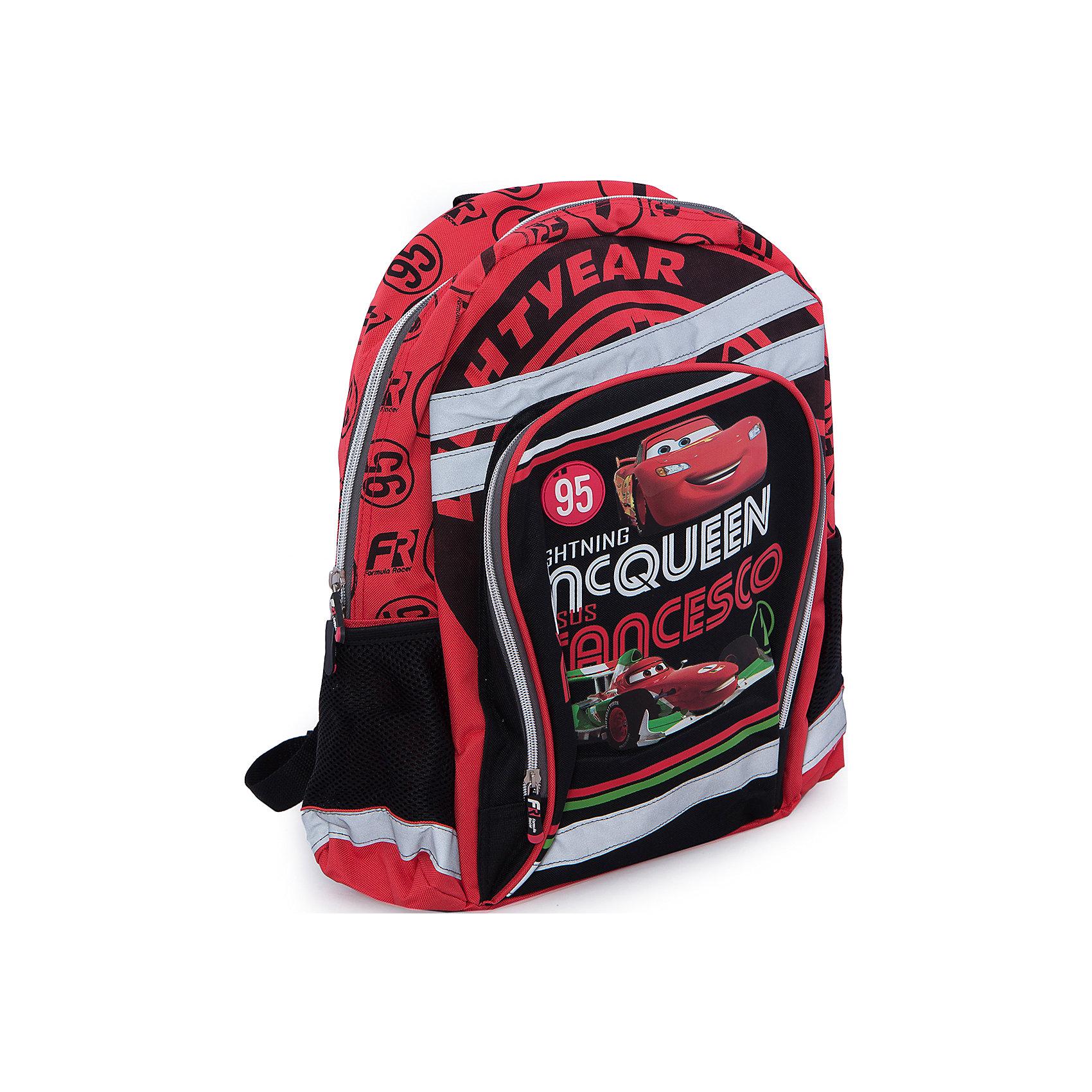 Школьный рюкзак с мягкой спинкой, ТачкиРюкзак, мягкая спинка, Тачки (Cars) – прекрасный подарок вашему ребенку, поклоннику мультсериала Тачки (Cars).<br>В такой рюкзачок поместятся книги, тетради, предметы школьной канцелярии, а также разные мелочи для личного пользования. Изюминкой этой модели является оригинальный принт, выполненный по мотивам мультфильма Тачки (Cars). Спинка рюкзака, обтянута «дышащей» сетчатой тканью, которая выступает в роли вентиляционной системы. Она обеспечивает хорошую проницаемость и циркуляцию воздуха между задней стенкой и спиной ребенка. Лямки регулируются в зависимости от роста ребенка. Сверху у рюкзака есть удобная ручка для переноски. Рюкзак имеет основное отделение, закрывающееся на застежку молнию, большой внешний карман на молнии, два боковых сетчатых кармашка. Рюкзак изготовлен из прочного материала, устойчивого к влаге и грязи.<br><br>Дополнительная информация:<br><br>- Вес: 579 гр.<br>- Размер: 40х30х13 см.<br>- Материал: полиэстер<br><br>Рюкзак, мягкая спинка, Тачки (Cars) - теперь ваш ребенок не забудет взять с собой письменные принадлежности и тетради!<br><br>Рюкзак, мягкая спинка, Тачки (Cars) можно купить в нашем интернет-магазине.<br><br>Ширина мм: 400<br>Глубина мм: 300<br>Высота мм: 130<br>Вес г: 579<br>Возраст от месяцев: 48<br>Возраст до месяцев: 84<br>Пол: Мужской<br>Возраст: Детский<br>SKU: 3563292