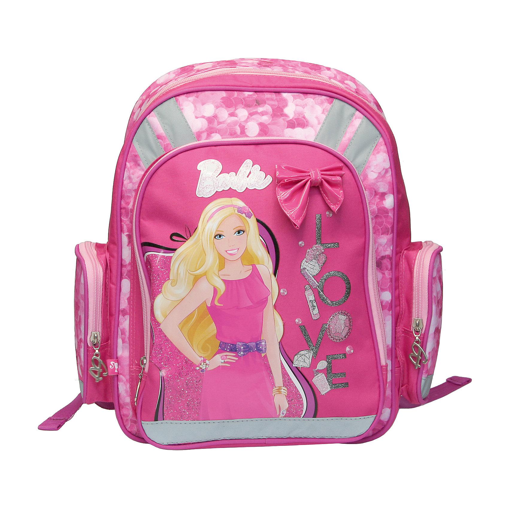 Рюкзак с эргономичной EVA-спинкой и бантиком, BarbieРюкзак с эргономичной EVA-спинкой Barbie (Барби) обязательно понравится всем девочкам, ведь он выполнен в розовых цветах и украшен изображением любимой куколки. В стильный и удобный ранец легко поместятся все учебники и другие школьные принадлежности, а в кармашки можно сложить необходимые мелочи. Рюкзак Barbie с ортопедический  EVA спинкой обеспечит более плотное прилегание рюкзака к спине, что сохранит правильную осанку Вашего ребенка. Спинка рюкзака изготовлена с использованием вертикальной ортопедической вставки, расположенной по профилю позвоночного столба. Наружная часть спинки рюкзака снабжена специально расположенными поролоновыми элементами с воздухообменной сеткой, служащими для правильного и безопасного распределения нагрузки на спину ребенка. Лямки рюкзака специальной S-образной формы с поролоном и воздухообменной сеткой, регулируются по длине. Данные конструктивные  особенности помогут обеспечить максимальный комфорт при ношении рюкзака за спиной ребенку любой комплекции.<br><br><br>Дополнительная информация:  <br><br>- EVA - спинка;<br>- Рюкзак имеет текстильную ручку и два отделения на молнии;<br>- Два боковых кармана на молнии укреплены с внешней стороны высокотехнологичным  упругим материалом (EVA), что служит дополнительной защитой для содержимого карманов;<br>- Дно жесткое с пластиковой вставкой, что делает рюкзак устойчивым и защищает его от намокания в случае, если рюкзак стоит на сырой поверхности;<br>- Рюкзак яркий и блестящий, в стильном дизайне с изображением куколки Barbie (Барби);<br>- Размер: 13 х 38 х 29 см;<br>- Материал: полиэстер;<br>- Вес: 735 г.<br><br>Рюкзак с эргономичной EVA-спинкой, Barbie (Барби) можно купить в нашем интернет-магазине.<br><br>Ширина мм: 380<br>Глубина мм: 290<br>Высота мм: 130<br>Вес г: 735<br>Возраст от месяцев: 48<br>Возраст до месяцев: 84<br>Пол: Женский<br>Возраст: Детский<br>SKU: 3563299