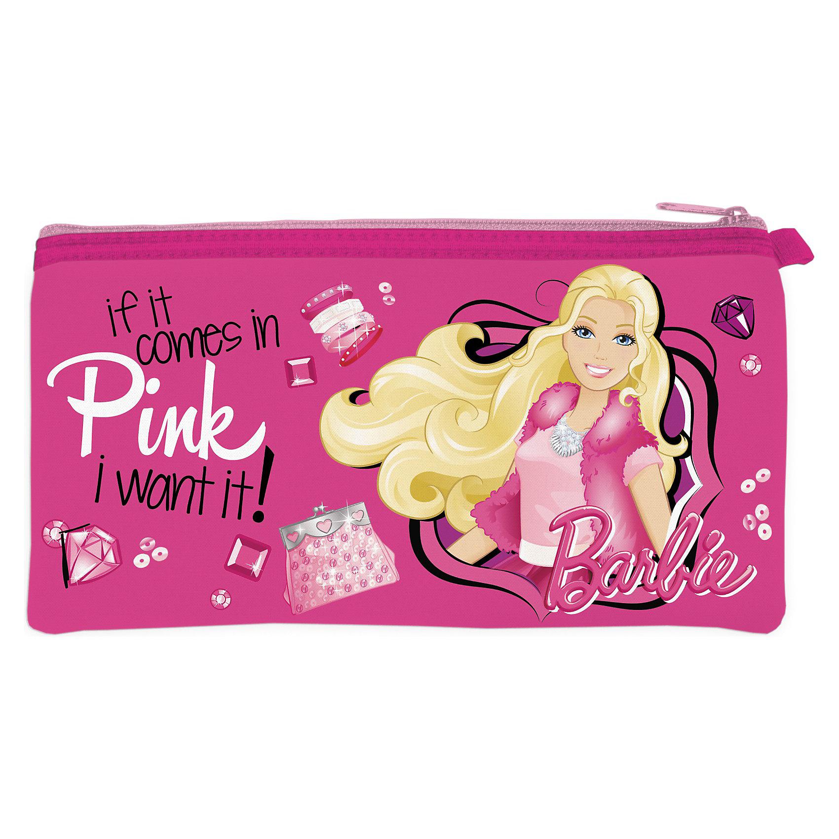 Пенал неопреновый широкий, BarbieКаждой юной моднице помимо школьных принадлежностей хочется взять с собой много необходимых мелочей. Идеальный помощник для этого неопреновый пенал Barbie (Барби). Он очень вместительный и выглядит как настоящая взрослая косметичка. Пенал закрывается на молнию, поэтому ребенок не потеряет ничего нужного, и ручки не рассыпятся в рюкзак. Практичный пенал с изображением любимой девочками куколки Barbie (Барби).<br><br>Дополнительная информация: <br><br>- Пенал мягкий, лёгкий, декорированный любимой девочками куклой  Barbie (Барби);<br>- Материал - неопрен; <br>- Неопрен - мягкий и упругий материал, защищающий содержимое пенала;<br>- Имеется одно отделение на молнии;<br>- Размер: 20,5 х 11 см;<br>- Вес: 70 г.<br><br>Пенал неопреновый широкий Barbie (Барби) можно купить в нашем интернет-магазине.<br><br>Ширина мм: 250<br>Глубина мм: 200<br>Высота мм: 30<br>Вес г: 300<br>Возраст от месяцев: 48<br>Возраст до месяцев: 84<br>Пол: Женский<br>Возраст: Детский<br>SKU: 3563304