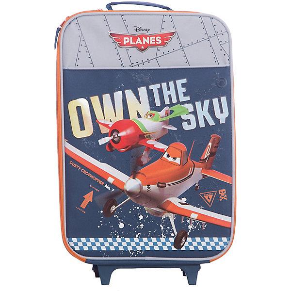 Чемодан на роликах, СамолетыДорожные сумки и чемоданы<br>Чемодан на роликах Самолеты (Planes) отличается прочностью и надежностью, это  идеальный вариант для путешествий. Чемодан оснащен жестким каркасом, укрепленным алюминиевым контуром и пластиковыми вставками. Детали складной тележки выполнены из металла, имеются два пластмассовых колеса и две опорные ножки.<br><br>Внутри чемодана одно большое отделение на молнии с лямками для крепления вещей. Пластмассовая рукоятка имеет анатомический рельеф для ладони, на корпусе имеются также две тканевые ручки с дополнительным покрытием. Чемодан серой расцветки украшен принтом с изображением персонажа диснеевского мультфильма Самолеты.<br><br>Дополнительная информация:<br><br>- Материал: полиэстер.<br>- Размер: 47 х 33 х 13,5 см. <br><br><br>Чемодан на роликах Самолеты можно купить в нашем интернет-магазине.<br>Ширина мм: 470; Глубина мм: 330; Высота мм: 135; Вес г: 1500; Возраст от месяцев: 48; Возраст до месяцев: 84; Пол: Мужской; Возраст: Детский; SKU: 3563422;