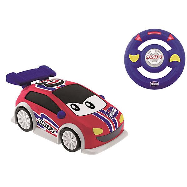 Машинка Danny Drift, с д.у., ChiccoМашинки<br>Машинка Danny Drift, с д.у., Chicco (Чико) - эта машинка доставит массу удовольствия юному автолюбителю.<br>Машинка Danny – это яркая, симпатичная машинка с дистанционным управлением. Устройство управления похоже на настоящее рулевое колесо, оно очень удобное в использовании – просто поворачивайте его влево или вправо, и машинка изменит направление скольжения, прямо как настоящий спортивный автомобиль. После нажатия центральной кнопки Drift (Боковое отклонение) машинка начнет скользить и выделывать зрелищные номера, еще более забавные благодаря звуковому сопровождению.<br><br>Дополнительная информация:<br><br>- Материал: высококачественный пластик<br>- Батарейки для машинки: 4x AA 1,5 В (в комплект не входят)<br>- Батарейки для руля: 3xAAA 1,5 В (в комплект не входят)<br>- Размер упаковки: 35х20х25 см.<br>- Вес: 0,7 кг.<br><br>Машинку Danny Drift, с д.у., Chicco (Чико) можно купить в нашем интернет-магазине.<br><br>Ширина мм: 387<br>Глубина мм: 182<br>Высота мм: 211<br>Вес г: 1042<br>Возраст от месяцев: 24<br>Возраст до месяцев: 48<br>Пол: Унисекс<br>Возраст: Детский<br>SKU: 3587139