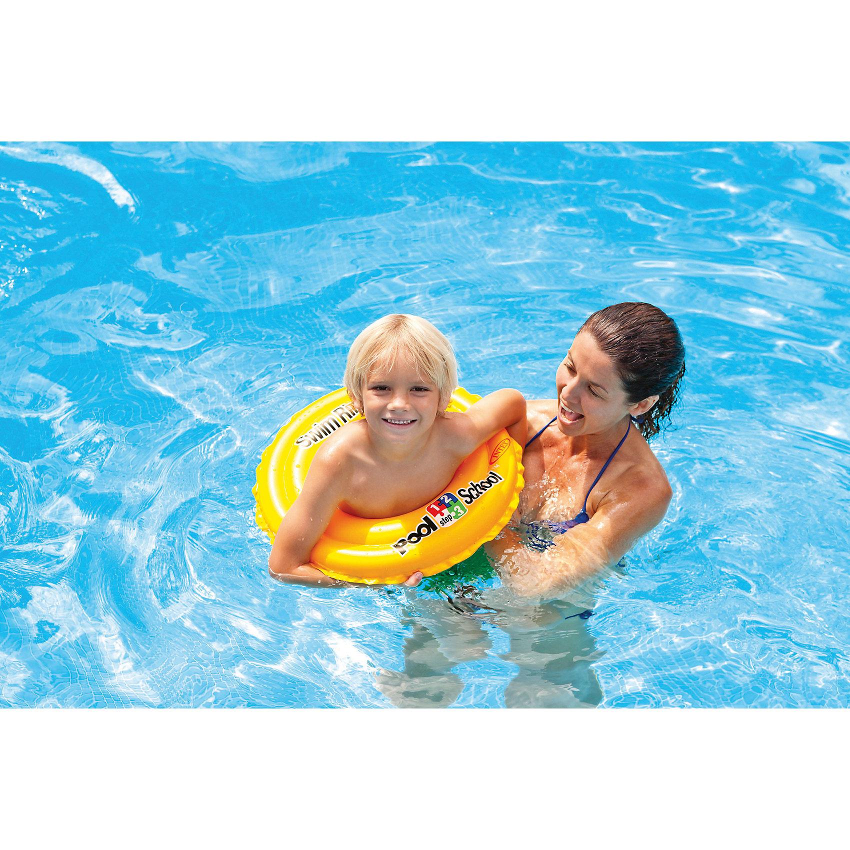 Круг Pool School step-2, 51 см, IntexКруг Pool School step - 2, 51 см, Intex (Интекс) входит в серию для обучения плаванию. Если Вашему ребенку уже скучно в круге с трусиками, и он готов учиться плавать, то круг Pool School step - 2 - Ваш выбор. Обучение плаванию станет радостью для Вашего ребенка, ведь круг яркий и очень заметный на воде! Для большей безопасности у круга есть две воздушные камеры. Плавание оказывает мощнейшее благотворное физическое и психологическое воздействие на ребенка. В процессе плавания происходит чередование работы разных мышц, одни напрягаются – другие расслабляются, это увеличивает их работоспособность, развивает и способствует увеличению силы. Плавая с кругом Ваш малыш сделает множество открытий!<br>Весело учиться плавать с кругом Intex (Интекс)!<br><br>Дополнительная информация:<br><br>- Диаметр 51 см;<br>- Материал: высокопрочный винил 0,25 мм; <br>- Две воздушные камеры обеспечивают дополнительную безопасность при купании;<br>- Яркая расцветка;<br>- Возрастные рекомендации: от 3 до 6 лет;<br>- Цвет: Желтый; <br>- Вес: 0,18 кг<br><br>Круг Pool School step-2, 51 см, Intex (Интекс) можно купить в нашем интернет-магазине.<br><br>Ширина мм: 25<br>Глубина мм: 127<br>Высота мм: 165<br>Вес г: 141<br>Возраст от месяцев: 36<br>Возраст до месяцев: 72<br>Пол: Унисекс<br>Возраст: Детский<br>SKU: 3590771