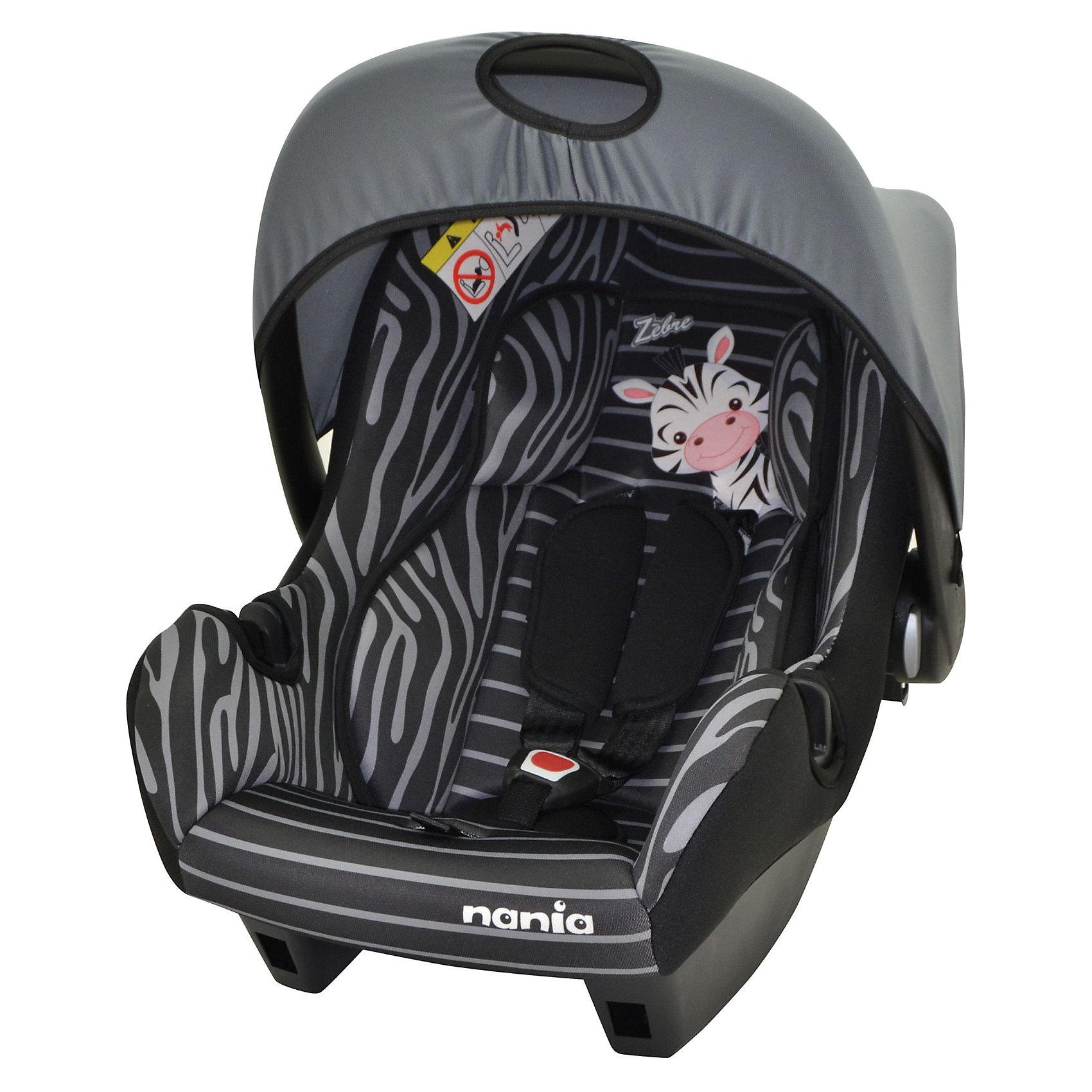 Автокресло Nania Beone SP, 0-13 кг, (zebra)Идеи подарков<br>Автокресло Beone SP от Nania разработано специально для новорожденных и гарантирует комфорт и безопасность маленького пассажира во время поездки в автомобиле. Каркас кресла имеет удобную анатомическую форму и поддерживает неокрепшие мышцы малыша, внутри мягкая подушка. Кресло оснащено регулируемыми 3-точечными ремнями безопасности с 3-мя уровнями регулировки по высоте и мягкими плечевыми накладками. Особая конструкция с двойными стенками и расширением в области головы гарантирует оптимальную защиту при боковом ударе. Солнцезащитный козырек не допускает попадания прямых солнечных лучей и пропускает воздух. Тканевую обивку и подушку можно снимать и стирать при щадящем режиме.<br><br>Кресло также может использоваться как качалка и детская переноска. Имеется эргономичная ручка для транспортировки. Кресло устанавливается на заднем сиденье против хода движения автомобиля при помощи штатных ремней безопасности. Благодаря специальной системе крепления автокресло Beone SP легко и надежно фиксируется в автомобиле.<br><br>Автокресло Beone SP рассчитано на детей с рождения до 12 мес., весом 0-13 кг.<br>     <br>Дополнительная информация:<br><br>- Цвет: zebra (зебра).<br>- Материал: полиэстер, пластик.<br>- Внешние размеры: 70 х 47 х 40 см.<br>- Внутренние размеры: 32 х 30 см.<br>- Высота спинки: 46 см.<br>- Вес: 3,2 кг. <br><br>Автокресло Beone SP Nania можно купить в нашем интернет-магазине.<br><br>Ширина мм: 390<br>Глубина мм: 720<br>Высота мм: 400<br>Вес г: 7690<br>Возраст от месяцев: 0<br>Возраст до месяцев: 12<br>Пол: Унисекс<br>Возраст: Детский<br>SKU: 3607050