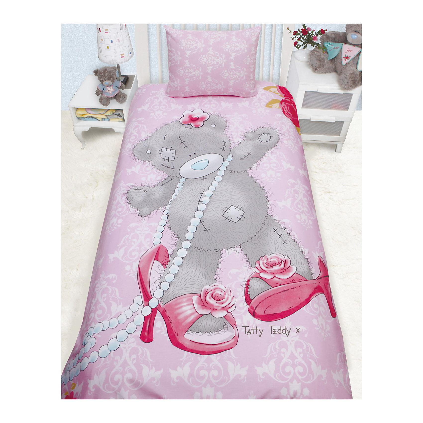 Постельное белье детское Тедди модный, 1,5-спальный, Me to YouУникальный детский комплект постельного белья бренда Me To You Teddy. <br>Теперь сладкий сон Вашего малыша будет оберегать очаровательный и милый символ широко известного бренда Me To You - Мишка Тедди. Медвежонок Teddy ежедневно радует все больше и больше детей и взрослых по всему миру.<br><br>Дополнительная информация:<br><br>- ткань: бязь импортная (100% хлопок), плотность 115 г/м2. <br>- размеры: 1,5-спальный (на матрас 200х90)<br>- наволочка: 50х70 см. <br>- простыня: 150х215 см. <br>- пододеяльник: 145х210 см.(1шт). <br><br>Комплект постельного белья Teddy модный, 1,5 сп., Me to You можно купить в  нашем интернет магазине.<br><br>Ширина мм: 330<br>Глубина мм: 250<br>Высота мм: 45<br>Вес г: 1250<br>Возраст от месяцев: 36<br>Возраст до месяцев: 144<br>Пол: Женский<br>Возраст: Детский<br>SKU: 3618809