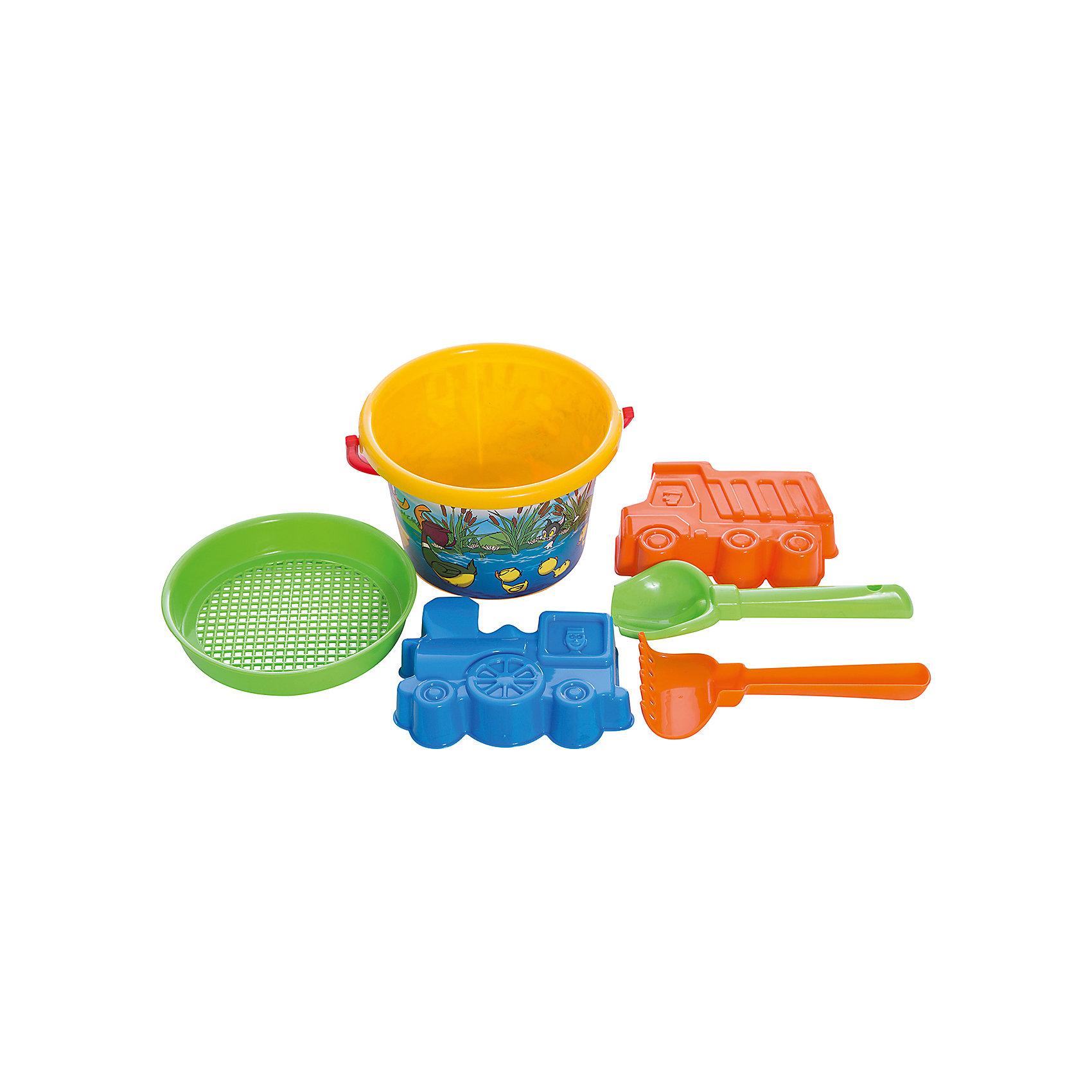 Песочный набор №252 (6 предметов), ПолесьеИграем в песочнице<br>Песочный набор №252 (6 предметов), Полесье идеально подходит для веселых игр на природе!<br><br>Игра с песком и водой развивает фантазию и воображение, конструкторские способности, способствует развитию тактильных ощущений, мелкой и крупной моторики рук ребёнка, а также его двигательной активности.<br><br>Комплектация: ведерко, ситечко, совок, грабельки, формочки (самосвал и паровоз)<br><br>Дополнительная информация:<br><br>-Материалы: пластмасса<br><br>Набор для песка, изготовленный из прочного безопасного пластика, отлично подойдет ребенку для различных игр на свежем воздухе.<br><br>Песочный набор №252 (6 предметов), Полесье можно купить в нашем магазине.<br><br>Ширина мм: 170<br>Глубина мм: 165<br>Высота мм: 155<br>Вес г: 200<br>Возраст от месяцев: 12<br>Возраст до месяцев: 60<br>Пол: Унисекс<br>Возраст: Детский<br>SKU: 3650291