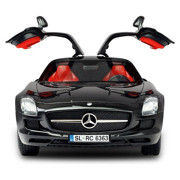 Машина Mercedes-Benz с упр. от iPhone/iPad/iPod, SilverlitИдеи подарков<br>Машина Mercedes-Benz с управлением от iPhone/iPad/iPod от Silverlit (Сильверлит) порадует любого мальчишку, это точная копия автомобиля Mercedes-Benz в масштабе 1:16. Машинку отличает качественная проработка всех деталей и высокая реалистичность. <br><br>Управление осуществляется с помощью  iPhone, iPad или iPod через Bluetooth, программа синхронизируется с Вашим iTunes. Машина двигается вперед/назад, влево/вправо. При нажатии на кнопку двери машины открываются вверх. С помощью динамика в салоне машина способна воспроизвести песню из Вашего плэйлиста.<br><br>У модели возможны два варианта управления: с помощью сенсорных рычагов управления и в режиме Киннект - при наклоне гаджета вперед машина двигается вперед, при наклоне направо - машина поедет направо. Предусмотрены множество настроек светомузыки и движения машины, имеются различные звуковые эффекты, звуки сигнала или тормозов. Приложение для управления машинкой можно бесплатно скачать из AppStore.<br><br>Дополнительная информация:<br><br>- Материал: высококачественный пластик.<br>- Совместимость: 1) iPhone 3GS, 4, 4S, 5; 2) Ipad 1, 2, Новый IPad и IPad Мини; 3) Ipod Touch 3, 4, 5. <br>- Требуются батарейки: 4 х АА 1,5V (входят в комплект).<br>- Размер упаковки: 36 x 16 x 26 см.<br>- Вес: 1,3 кг.<br><br>Машину Mercedes-Benz с управлением от iPhone/iPad/iPod, Silverlit можно купить в нашем интернет-магазине.<br><br>Ширина мм: 360<br>Глубина мм: 260<br>Высота мм: 160<br>Вес г: 1300<br>Возраст от месяцев: 48<br>Возраст до месяцев: 1188<br>Пол: Мужской<br>Возраст: Детский<br>SKU: 3668335
