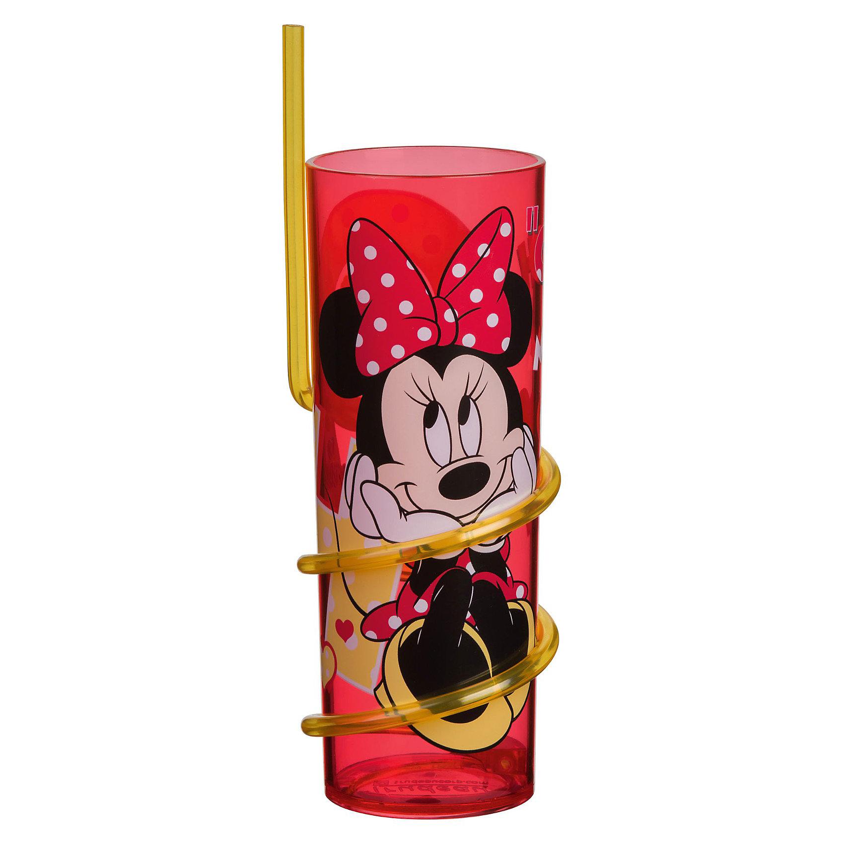 Стакан с витой соломинкой (325 мл), Минни МаусСтакан с витой соломинкой Минни Маус непременно порадует Вашу малышку. Стакан из безопасного пищевого пластика имеет стильный дизайн и украшен изображением популярной героини диснеевских мультфильмов - мышки Минни (Minnie Mouse). <br><br>Дополнительная информация:<br><br>- Материал: пищевой пластик.<br>- Объем: 325 мл.<br>- Размер: 18 х 9,5 х 33 см.<br>- Вес: 50 гр.<br><br>Стакан с витой соломинкой (325 мл), Минни Маус можно купить в нашем интернет-магазине.<br><br>Ширина мм: 65<br>Глубина мм: 65<br>Высота мм: 205<br>Вес г: 86<br>Возраст от месяцев: 36<br>Возраст до месяцев: 120<br>Пол: Женский<br>Возраст: Детский<br>SKU: 3681252