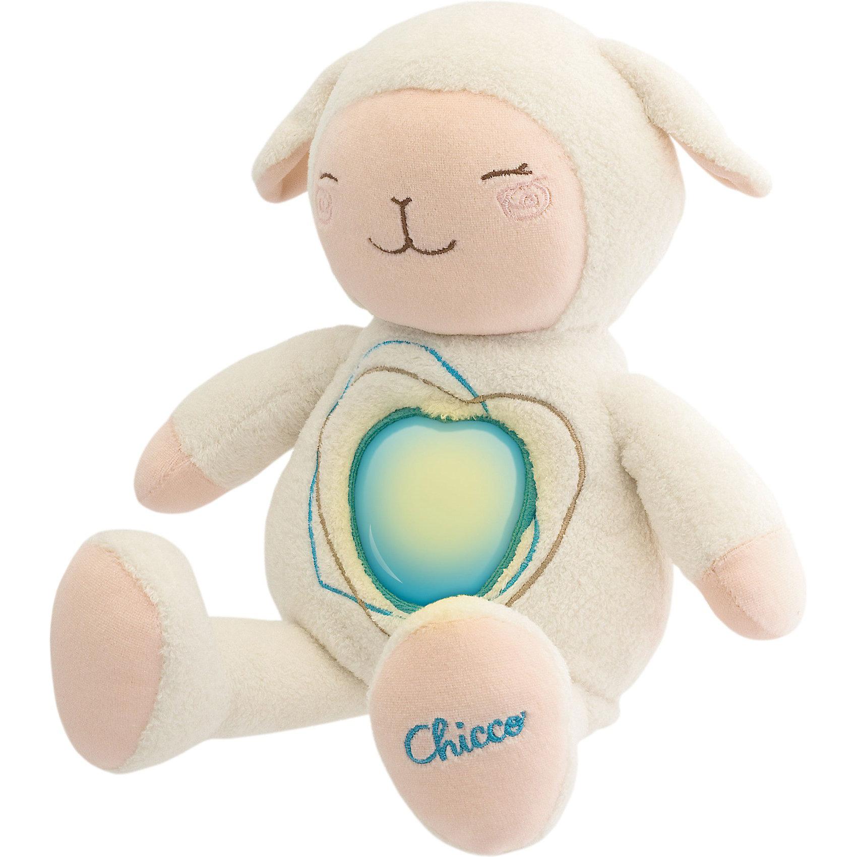 Овечка Sweetheart, со звуком, ChiccoОвечка Sweetheart от Chicco (Чико) - милая забавная игрушка, которая станет маленьким другом Вашему малышу. Овечка очень мягкая и приятная на ощупь, ребенок с удовольствием будет ее обнимать и тискать и засыпать вместе с ней в кроватке. Овечку можно использовать в качестве ночника. <br><br>Игрушка поможет ребенку успокоится и поскорей заснуть: если нажать на сердечко на животике у овечки, включится приглушенный свет и зазвучит колыбельная Брамса.<br>Музыкальное и световое устройство с батарейками съемное, что позволяет без опасений стирать овечку.<br><br>Дополнительная информация:<br><br>- Материал: плюш.<br>- Требуются батарейки: 2 х АА (включены в комплект). <br>- Высота игрушки: 35 см. <br>- Размер упаковки: 25,2 х 31 х 14,2 см.<br>- Вес: 0,716 кг.<br><br>Овечку Sweetheart, со звуком, Chicco (Чико) можно купить в нашем интернет-магазине.<br><br>Ширина мм: 252<br>Глубина мм: 310<br>Высота мм: 142<br>Вес г: 716<br>Возраст от месяцев: 0<br>Возраст до месяцев: 36<br>Пол: Унисекс<br>Возраст: Детский<br>SKU: 3688344