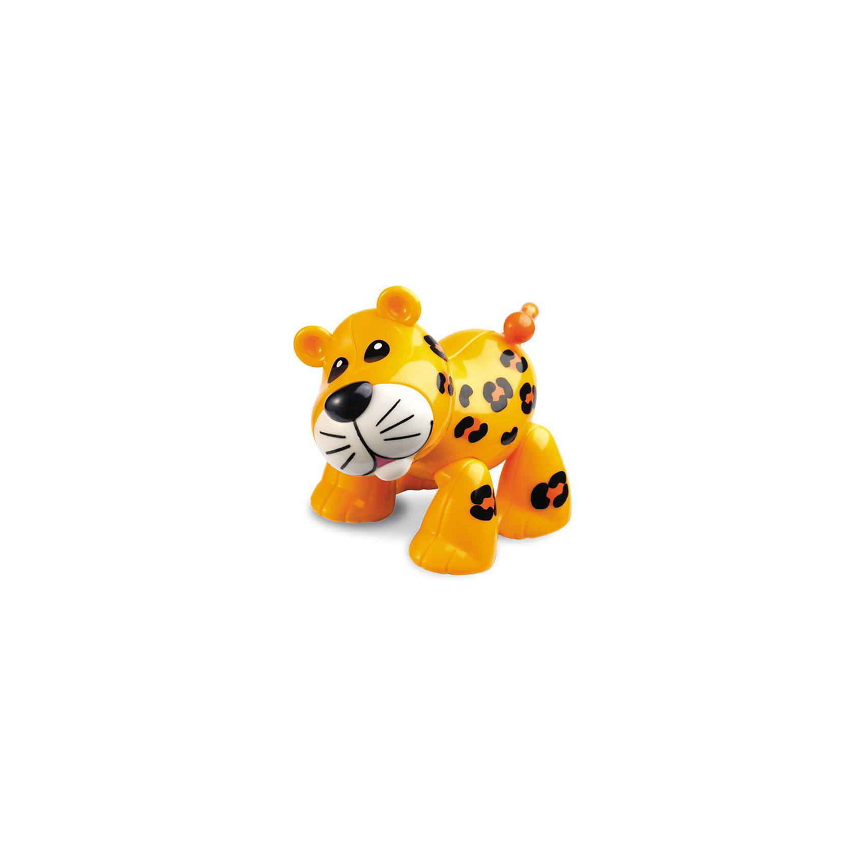 Фигурка Леопард, Первые друзья, TOLOФигурка Леопард, Первые друзья, TOLO (ТОЛО) – эта яркая красочная игрушка привлечет внимание Вашего малыша и не позволит ему скучать.<br>Забавный Леопард из серии Первые друзья, TOLO станет лучшим другом вашего малыша. У леопарда с веселым пощелкиванием поворачиваются голова и хвост. Подвижные лапы позволяют задавать фигурке различные положения. Игрушка способствует развитию координации движений, моторики, распознаванию цветов и звуков, помогает формировать первые навыки сюжетно-ролевой игры. <br>Игрушки Толо производятся из пластика самого высокого качества и гипоаллергенных красителей. Они абсолютно безопасны для малышей, не бьются, не ломаются, крепкие и прочные.<br><br>Дополнительная информация:<br><br>- Размер: 6.4 х 8.9 х 7.2 см.<br>- Материал: высококачественный пластик<br><br>Фигурка Леопард, Первые друзья, TOLO (ТОЛО) - обязательно понравится Вашему малышу.<br><br>Фигурку Леопард, Первые друзья, TOLO (ТОЛО) можно купить в нашем интернет-магазине.<br><br>Ширина мм: 60<br>Глубина мм: 90<br>Высота мм: 70<br>Вес г: 89<br>Возраст от месяцев: 12<br>Возраст до месяцев: 60<br>Пол: Унисекс<br>Возраст: Детский<br>SKU: 3689019