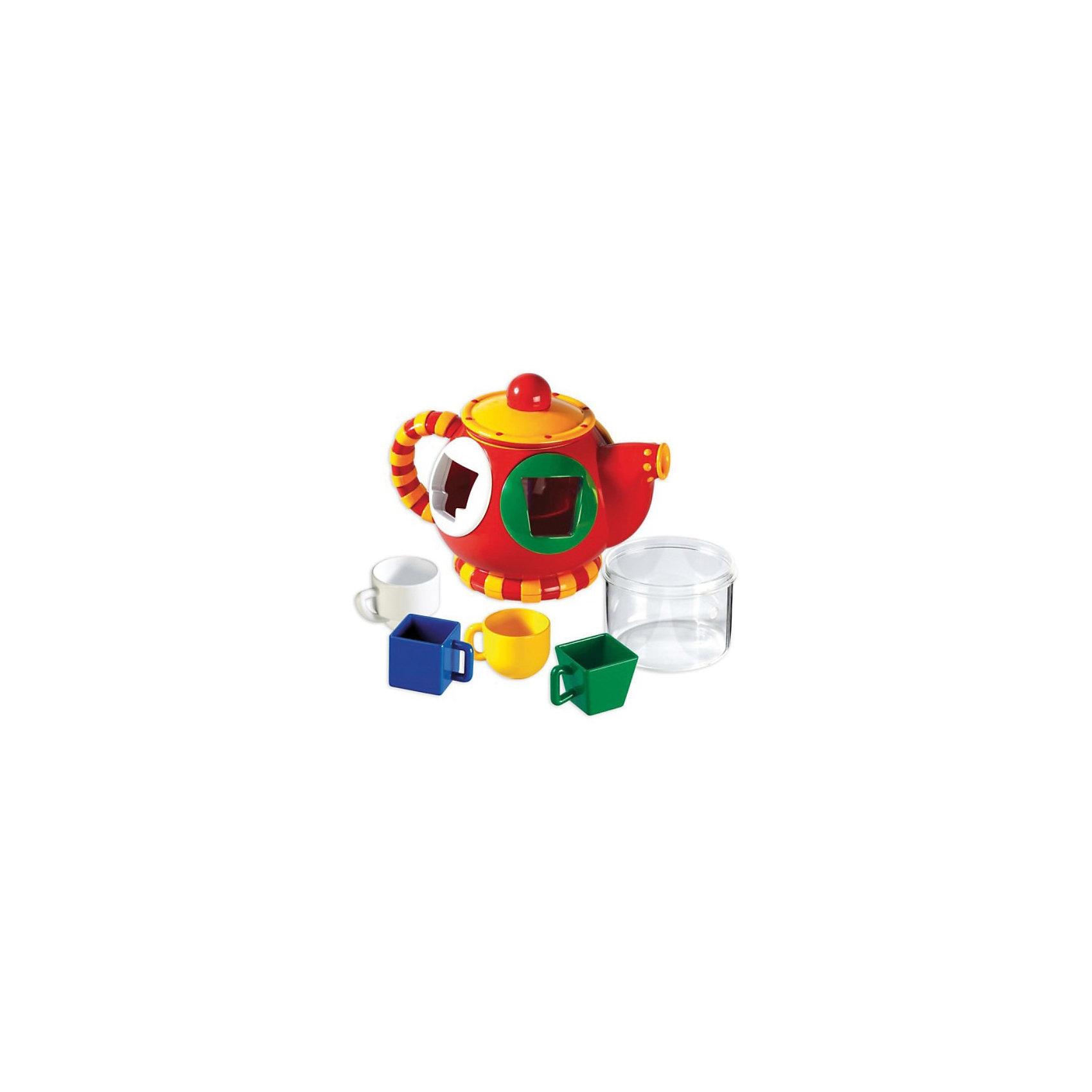 Сортер Чайник, TOLO CLASSICСортер Чайник, TOLO CLASSIC (ТОЛО КЛАССИК) – это уникальный игрушечный чайник, который имеет две функции: сортер и чайник.<br>Красочная игрушка в форме чайничка - это отличный повод позвать любимых друзей на чаепитие! Игрушка представляет собой красный чайник с крышкой и носиком, внутри которого есть емкость для жидкости. 4 чашечки разной формы и цвета подойдут не только для ароматного чая, но и для увлекательной игры. Суть игры заключается в том, чтобы вставить чашечки в соответствующие отверстия на чайнике. Окантовка отверстий того же цвета, что и чашки-формочки, это подсказка малышу, чтобы он быстрее справился. Игра способствует развитию мелкой моторики, логики, понятия формы и цвета, воображения. <br>Игрушки Толо производятся из пластика самого высокого качества и гипоаллергенных красителей. Они абсолютно безопасны для малышей, не бьются, не ломаются, крепкие и прочные.<br><br>Дополнительная информация:<br><br>- В комплекте: чайник, крышка, прозрачная емкость-вставка для воды, 4 чашки<br>- Размер упаковки: 26 х 19 х 18 см.<br>- Материал: высококачественный пластик<br><br>Сортер Чайник, TOLO CLASSIC  (ТОЛО КЛАССИК) - обязательно понравится Вашему малышу.<br><br>Сортер Чайник, TOLO CLASSIC (ТОЛО КЛАССИК) можно купить в нашем интернет-магазине.<br><br>Ширина мм: 270<br>Глубина мм: 120<br>Высота мм: 190<br>Вес г: 950<br>Возраст от месяцев: 12<br>Возраст до месяцев: 60<br>Пол: Унисекс<br>Возраст: Детский<br>SKU: 3689028