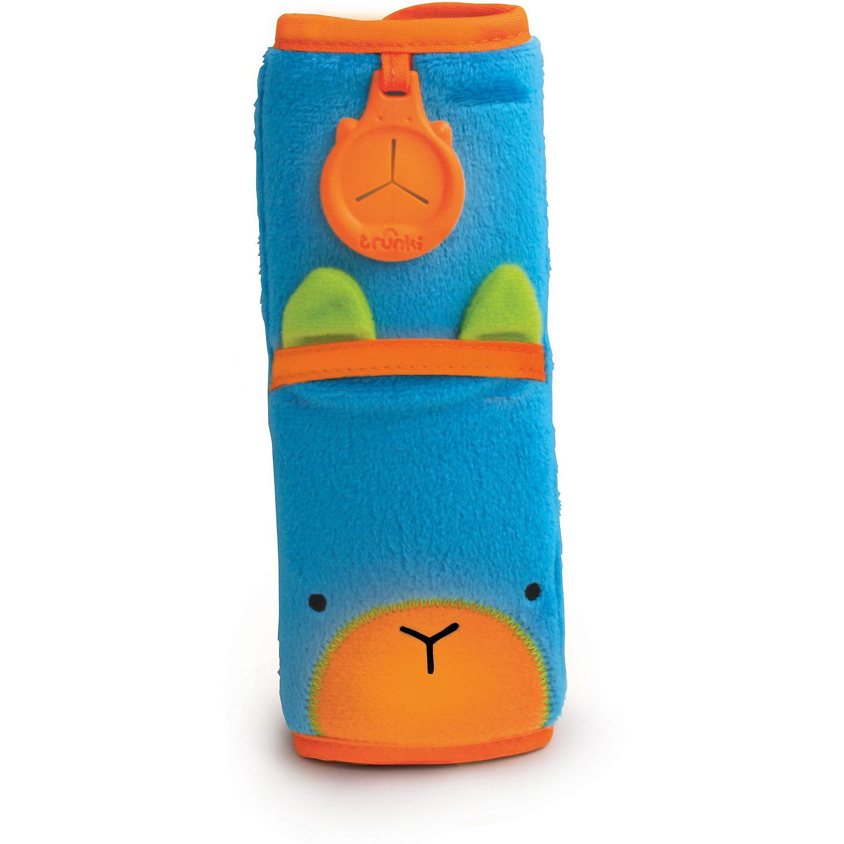 Голубая накладка-чехол для ремня безопасности в автоМягкая и функциональная накладка-чехол для ремня безопасности голубого цвета от всемирно-известного производителя чемоданов и дорожных аксессуаров Trunki (Транки) сделает путешествие ребенка комфортным и безопасным. Накладка из мягкого приятного на ощупь материала легко закрепляется на ремне благодаря липучке и позволяет избежать трения и неприятного давления на плечи и грудь ребенка. Накладка выполнена в голубом цвете с яркой оранжевой отделкой. Вместительный карман позволяет положить внутрь мобильный телефон, MP3 плеер или любимую игрушку небольшого размера. Универсальный держатель Trunki (Транки) Grip позволяет закрепить одеяло или же повесить солнцезащитные детские очки. <br><br>Дополнительная информация:<br><br>- Материал: текстиль, пластик.<br>- Размер накладки: 18 х 7 см.<br>- Размер внутреннего кармана: 10 х 7 см.<br>- Возможно использование с детскими автокреслами.<br>- Цвет: оранжевый, голубой. <br><br>Голубую накладку-чехол для ремня безопасности можно купить в нашем магазине.<br><br>Ширина мм: 243<br>Глубина мм: 85<br>Высота мм: 36<br>Вес г: 35<br>Возраст от месяцев: 1<br>Возраст до месяцев: 1164<br>Пол: Унисекс<br>Возраст: Детский<br>SKU: 3711111