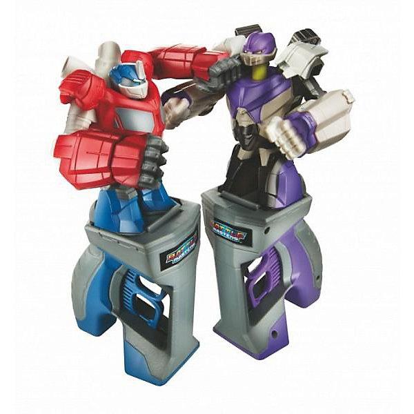 Игра Битва ТрансформеровТрансформеры-игрушки<br>Устрой настоящую битву между легендарными роботами-трансформерами: Оптимусом Праймом и Мегатроном. Установи фигурку на удобную рукоятку и управляй с помощью нее своим роботом. Рукоятка оборудована двумя курками, при нажатии на которые, корпус робота приходит в движение. Роботом можно управлять без рукоятки - на задней стороне ног предусмотрены «педальки», при нажатии пальчиками на которые, корпус робота также приходит в движение. Победит в битве тот, чей трансформер выбил голову противника. Бой можно начать заново, для этого просто нажми на голову трансформера.<br><br>Дополнительная информация:<br><br>- В наборе: 2 робота-трансформера, 2 управляющих устройства<br>- Роботы не трансформируются<br>- Высота фигурок без рукоятки: 11 см.<br>- Материал: пластмасса<br><br>Игру Битва Трансформеров (Transformers) можно купить в нашем интернет-магазине.<br>Ширина мм: 81; Глубина мм: 400; Высота мм: 273; Вес г: 950; Возраст от месяцев: 60; Возраст до месяцев: 180; Пол: Мужской; Возраст: Детский; SKU: 3711789;