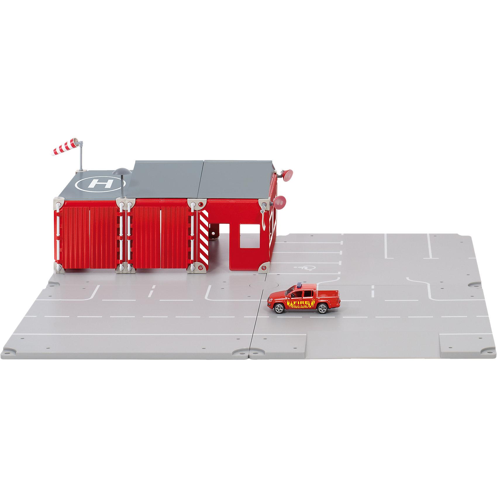 SIKU 5502 SIKU WORLD Набор Пожарная бригадаИгровые наборы<br>Игровой набор Пожарная бригада, Siku World, станет замечательным подарком для мальчика любого возраста. Большое разнообразие деталей и аксессуаров позволяют ребенку создавать различные варианты дорожной инфраструктуры, ничем не ограничивая свою фантазию. В комплекте Вы найдете детали для сборки  участка дороги с нанесенной разметкой, пожарную машину и множество аксессуаров. Большое красное здание пожарного депо с прекрасно выполненными деталями придает игре реалистичности и делают ее еще интересней. Все аксессуары хорошо держаться на платформе благодаря специальным креплениям. Набор поможет развить фантазию, воображение и мелкую моторику, познакомит ребенка с простыми правилами дорожного движения. Подходит для игры с моделями масштаба 1:50 или меньше.<br><br>Дополнительная информация:<br><br>- В комплекте: 4 детали дорожного полотна, пожарное депо с крышей, 1 пожарная машина, сирена, флаг, ветрозащита, аксессуары. <br>- Материал: пластик, металл, резина.<br>- Размер упаковки: 38 x 28 x 6 см.<br>- Вес: 1,485 кг.<br><br> 5502 Набор Siku World Набор Пожарная бригада можно купить в нашем интернет-магазине.<br><br>Ширина мм: 389<br>Глубина мм: 289<br>Высота мм: 66<br>Вес г: 1496<br>Возраст от месяцев: 36<br>Возраст до месяцев: 96<br>Пол: Мужской<br>Возраст: Детский<br>SKU: 3716528