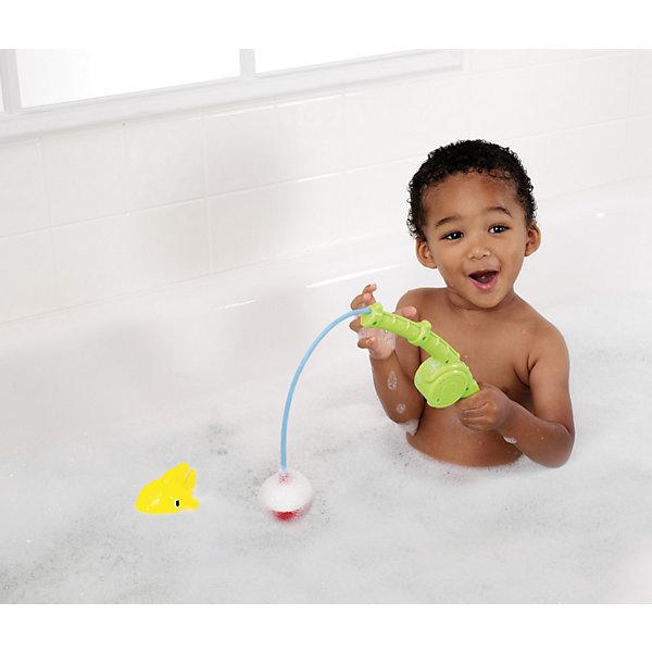 Игрушки для ванной Весёлая рыбалка, MunchkinИгровые наборы для купания<br>Малыши любят всевозможные интересные занятия в ванной и это хороший повод использовать время купания с пользой для его развития. Интересные занятия позволяют ребенку находиться в ванной с удовольствием столько времени, сколько нужно. К таким игрушкам относится и Веселая рыбалка. Магнитный рыболовный крючок легко ловит рыбу (в комплект входит две рыбки-брызгалки). Ручка удочки специально сделана таким образом, чтобы ребенку было удобно ее держать в руке. Катушка спиннинга издает веселые щелкающие звуки, которые придают игре реалистичность. Игрушка отлично подходит для развития координации зрения и координации движений ребенка и понимания причинно-следственных связей. Не исключено, что малыш уже в раннем возрасте освоит навыки рыбной ловли и сможет побыстрее составить компанию папе на рыбалке.<br><br>Дополнительная информация:<br><br>- материал: пластик<br>- размеры рыбки: 9 х 7,2 х 5 см<br>- удочка с магнитным крючком и катушкой, а также 2 плавающие рыбки-брызгалки, которыми можно играть и отдельно <br>- малыш легко и просто научится ловить на удочку рыбок - игрушка развивает координацию зрения и рук, понимание причинно-следственных связей <br>- катушка издает реалистичные щелкающие звуки<br><br>Игрушки для ванной Весёлая рыбалка, Munchkin можно купить в нашем магазине.<br>Ширина мм: 65; Глубина мм: 203; Высота мм: 278; Вес г: 182; Возраст от месяцев: 12; Возраст до месяцев: 48; Пол: Унисекс; Возраст: Детский; SKU: 3717333;