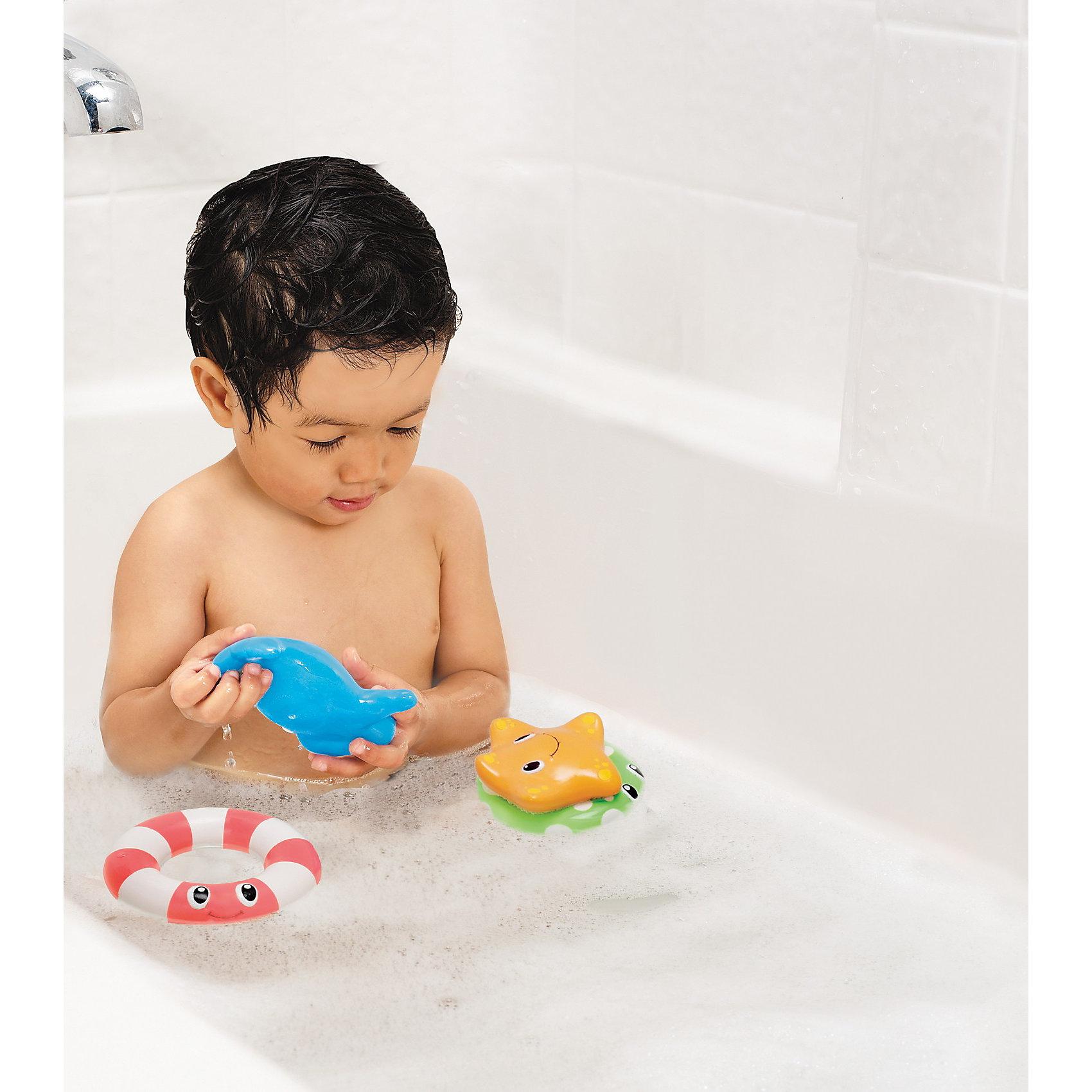 Игрушки для ванной Весёлые приятели со спасательными кругами от 6мес, Munchkin