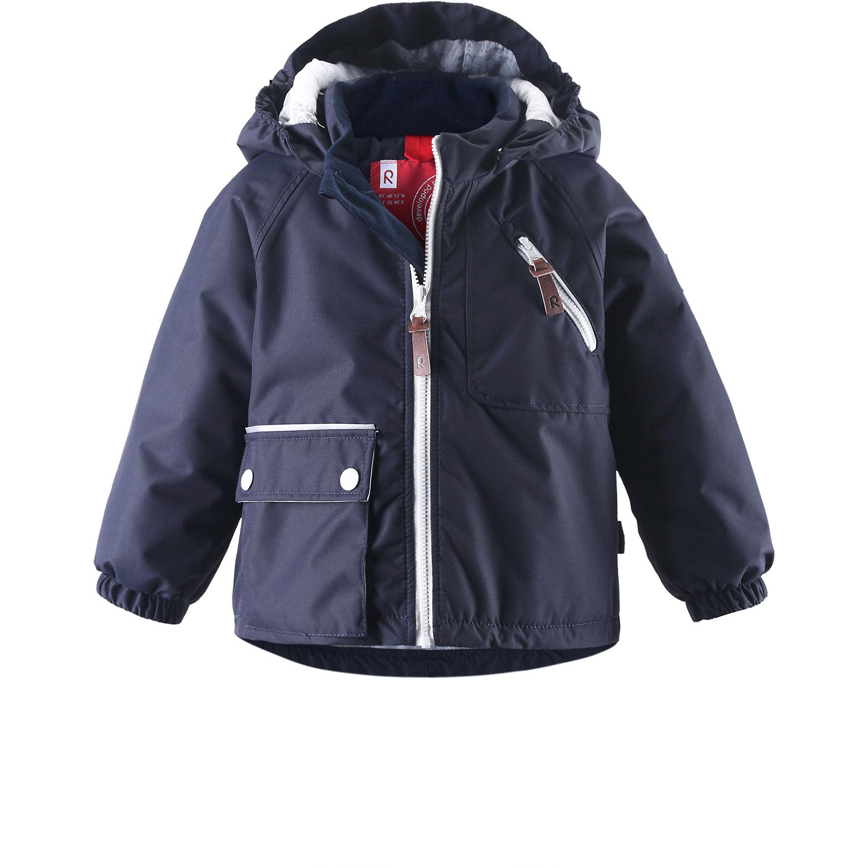 Куртка для мальчика ReimaВерхняя одежда<br>Куртка для мальчика от популярной финской марки Reima.<br>*Основные швы проклеены<br>*Подкладка с принтом<br>*Съемный капюшон<br>*Один карман на молнии и один накладной карман<br>*Светоотражающие детали<br>Состав:<br>100% Полиэстер, Полиуретан-покрытие<br>Средняя степень утепления (до - 20)<br>Материал верха:<br>Водостойкость: 5000<br>Износостойкость: 30000<br>Воздухопроводимость: 3000<br>Утеплитель: 160 г<br><br>Куртку для мальчика Reima (Рейма) можно купить в нашем магазине.<br><br>Ширина мм: 356<br>Глубина мм: 10<br>Высота мм: 245<br>Вес г: 519<br>Цвет: полуночно-синий<br>Возраст от месяцев: 12<br>Возраст до месяцев: 18<br>Пол: Мужской<br>Возраст: Детский<br>Размер: 86,74,98,92,80<br>SKU: 3746665