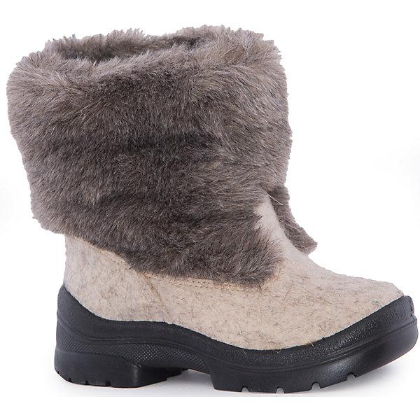 Валенки Ян для мальчика ФилипокВаленки<br>Характеристики товара:<br><br>• цвет: бежевый<br>• температурный режим: от -5° С до -30° С<br>• внешний материал: эко-войлок (натуральная шерсть)<br>• подкладка: натуральная овечья шерсть<br>• стелька: шерстяной войлок (3,5 мм)<br>• подошва: литая, полиуретан<br>• декорированы искусственным мехом<br>• подошва с анти скользящей с системой протектора anti slip<br>• защита носка - натуральная кожа с износостойкой пропиткой<br>• усиленная пятка<br>• толстая устойчивая подошва<br>• страна бренда: РФ<br>• страна изготовитель: РФ<br><br>Очень теплые и удобные валенки для ребенка от известного бренда детской обуви Филипок созданы специально для русской зимы. Качественные материалы с пропиткой против попадания воды внутрь и модный дизайн понравятся и малышам и их родителям. Подошва и стелька обеспечат ребенку комфорт, сухость и тепло, позволяя в полной мере наслаждаться зимним отдыхом. Усиленная защита пятки и носка обеспечивает дополнительную безопасность детских ног в этих сапожках.<br>Эта красивая и удобная обувь прослужит долго благодаря отличному качеству. Производитель анти скользящее покрытие и амортизирующие свойства подошвы! Модель производится из качественных и проверенных материалов, которые безопасны для детей.<br><br>Валенки Ян для мальчика от бренда Филипок можно купить в нашем интернет-магазине.<br><br>Ширина мм: 257<br>Глубина мм: 180<br>Высота мм: 130<br>Вес г: 420<br>Цвет: бежевый<br>Возраст от месяцев: 60<br>Возраст до месяцев: 72<br>Пол: Мужской<br>Возраст: Детский<br>Размер: 32,31,28,26,29,24,30,27,25<br>SKU: 3756687