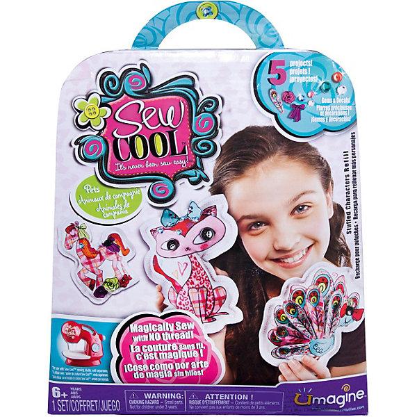 Набор для шитья, мягкие игрушки, Sew CoolНаборы для шитья игрушек<br>Набор для шитья Мягкие игрушки, Sew Cool (Сью Кул) от Spin Master (Спинмастер) - увлекательный набор для творчества, который обязательно порадует юную рукодельницу. С помощью входящих в комплект кусочков ткани и различных деталей она сможет сшить множество ярких игрушек-подушек. Процесс изготовления не представляет больших сложностей, нужно лишь сшить кусочки ткани согласно инструкции, заполнить получившуюся подушечку ватином и украсить пуговками и аппликациями. <br><br>Дополнительная информация:<br><br>- В комплекте: 10 заготовок ткани (для 5 игрушек), 30 маленьких тканевых аппликаций (цветочки), 25 страз, ватин для наполнения игрушек, 8 пуговиц, инструкция.<br>- Материал: текстиль.<br>- Размер упаковки: 20 х 23 х 5 см.<br>- Вес: 0,24 кг.<br><br>Набор для шитья Мягкие игрушки, Sew Cool от Spin Master (Спин Мастер) можно купить в нашем интернет-магазине.<br><br>Ширина мм: 200<br>Глубина мм: 230<br>Высота мм: 50<br>Вес г: 240<br>Возраст от месяцев: 72<br>Возраст до месяцев: 120<br>Пол: Унисекс<br>Возраст: Детский<br>SKU: 3759669