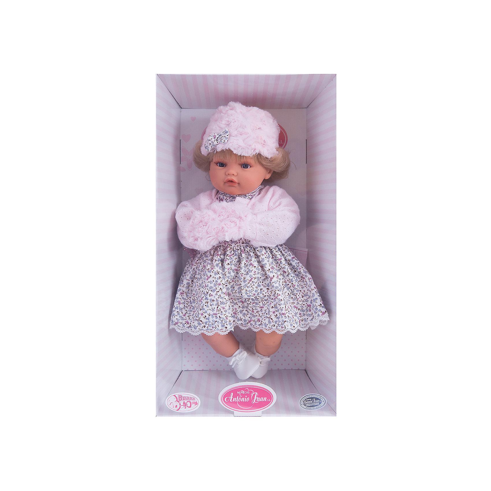 Кукла Белла в розовом,  42 см, Munecas Antonio JuanИнтерактивные куклы<br>Кукла Белла в розовом,  42 см, JUAN ANTONIO munecas (ХУАН АНТОНИО мунекас) – это качественные игрушки из Испании, популярные во всем мире<br>Кукла Белла со светлыми волосами такая милая и очаровательная, что не оставит равнодушным ни ребенка, ни даже взрослого. Кукла Белла одета в пестрое платье, кофточку в руках у нее манто. На голове у куклы теплая шапочка. «Маленькая мама» без опаски может брать малышку на прогулку. О Белле надо заботиться, потому что она плачет, если ей вовремя не дать соску. Тельце у куклы мягко-набивное, голова, ручки и ножки сделаны из мягкого качественного винила. Ручки и ножки подвижны. Образы малышей Мунекас разработаны известными европейскими дизайнерами. Они натуралистичны, анатомически точны, копируют настоящих младенцев. Макеты кукол слеплены вручную, поэтому у каждой из моделей индивидуальные черты лица, которые вместе с нарядом и аксессуарами составляют уникальный и неповторимый образ.<br><br>Дополнительная информация:<br><br>- В комплекте: кукла, соска<br>- Интерактивные функции куклы: выньте соску - кукла заплачет, вставьте соску в ротик - кукла замолчит<br>- Глаза куклы не закрываются<br>- Высоты куклы: 42 см.<br>- Работает от 3-х батареек LR44 (таблетки) (батарейки входят в комплект)<br>- После покупки игрушки перед игрой куклу необходимо активировать, вынув защитную полоску из механизма с батарейками<br><br>Куклу Белла в розовом,  42 см, JUAN ANTONIO munecas (ХУАН АНТОНИО мунекас) можно купить в нашем интернет-магазине.<br><br>Ширина мм: 150<br>Глубина мм: 305<br>Высота мм: 420<br>Вес г: 2100<br>Возраст от месяцев: 36<br>Возраст до месяцев: 72<br>Пол: Женский<br>Возраст: Детский<br>SKU: 3763712