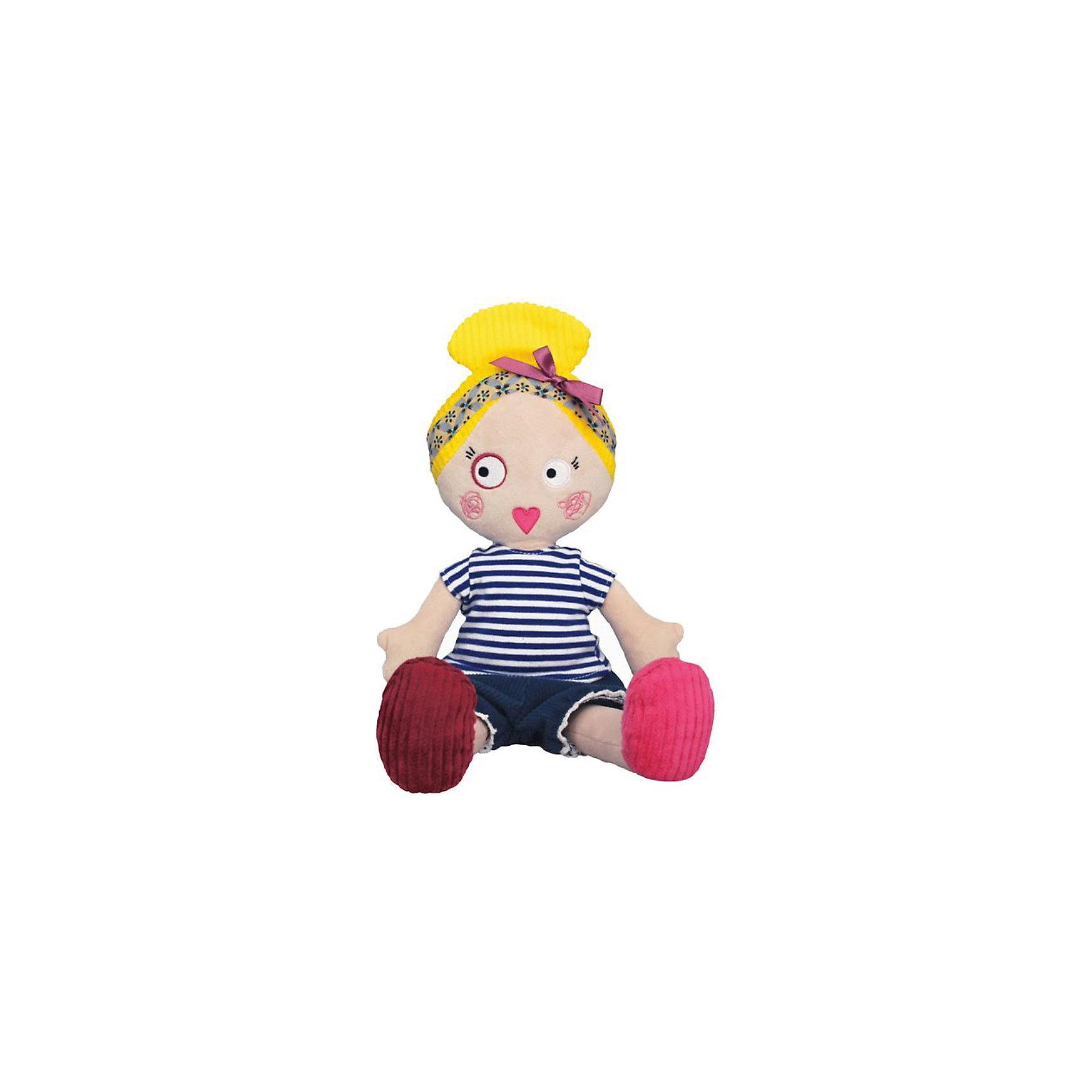 Кукла Mistinguette Colette, DeglingosЭксклюзивная кукла Mistinguette Colette, Deglingos - отличный подарок не только детям, но и взрослым.<br>Мягкая дизайнерская кукла Colette с элементами ручной вышивки сразу покорит сердце Вашей малышки! Колетт - просто красавица, она завоевывает симпатию экстравагантным и необычным видом. Колетт настоящая парижанка, у нее свой неповторимый стиль. Она с большим удовольствием поселится у Вас дома и будет радовать Вас и Ваших детей. <br>Колетт располагает к себе, вызывает улыбку, радость, с ней хочется играть снова и снова.<br>Мягкой необычной кукле будет рад и ребенок, у которого появится новая подружка, и взрослый, который порадуется оригинальному подарку.<br><br>Дополнительная информация:<br><br>- Все детали куклы вышиты вручную.<br>- Материалы: велюр, вельвет, ситец, драп, мешковина.<br>- Наполнитель: полиэстер<br>- Высота куклы: 34 см.<br>- Размер упаковки: 10х15х23 см.<br>- Вес: 600 гр.<br><br>Куклу Mistinguette Colette, Deglingos можно купить в нашем интернет-магазине.<br><br>Ширина мм: 100<br>Глубина мм: 150<br>Высота мм: 230<br>Вес г: 600<br>Возраст от месяцев: 36<br>Возраст до месяцев: 120<br>Пол: Женский<br>Возраст: Детский<br>SKU: 3771802