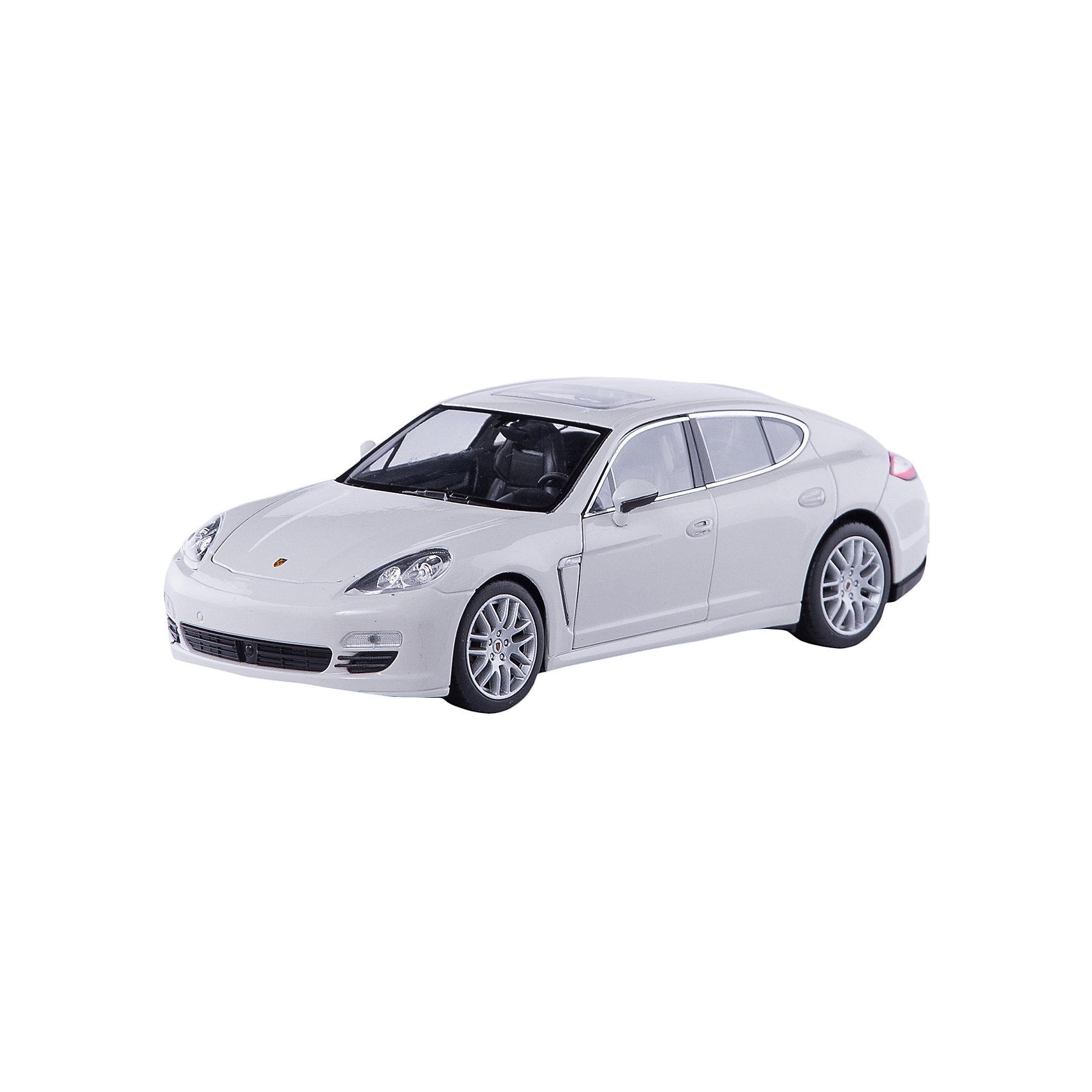Модель машины 1:24 Porsche Panamera S, WellyКоллекционные модели<br>Модель машины Porsche Panamera S от Welly (Велли) станет замечательным подарком для автолюбителей всех возрастов. В коллекции масштабных моделей Welly представлено все многообразие автотехники: ретро-автомобили, легковые автомобили различных марок, грузовики, автомобили городских служб и многое другое. Все машинки отличаются высокой степенью детализации и тщательной проработкой всех элементов.<br><br>Машинка Porsche Panamera S представляет собой точную копию настоящего автомобиля в масштабе 1:24. Немецкий скоростной и в то же время представительский автомобиль Porsche Panamera S, появившийся 2009 году, получил имя Panamera благодаря удачным выступлениям Porsche в гонке Carrera Panamericana, проходившей в 50-х годах XX века. Это роскошный спорткар с оригинальным дизайном, отличительная особенность которого - новая 5-дверная конструкция кузова с полого опускающейся крышей. Модель от Welly оснащена прочными стеклами и зеркалами<br>заднего вида, интерьер салона, двигатель и органы управления тщательно проработаны. Двери и капот открываются, колеса вращаются. Корпус машинки выполнен из металла, а отделка салона и декоративные элементы из пластика.<br><br>Дополнительная информация:<br><br>- Материал: металл, пластик, колеса прорезиненные.<br>- Масштаб: 1:24.<br>- Размер упаковки: 11 х 23 х 10 см.<br>- Вес: 0,54 кг. <br><br>Модель машины Porsche Panamera S, Welly можно купить в нашем интернет-магазине.<br><br>Ширина мм: 230<br>Глубина мм: 110<br>Высота мм: 110<br>Вес г: 542<br>Возраст от месяцев: 36<br>Возраст до месяцев: 192<br>Пол: Мужской<br>Возраст: Детский<br>SKU: 3777893