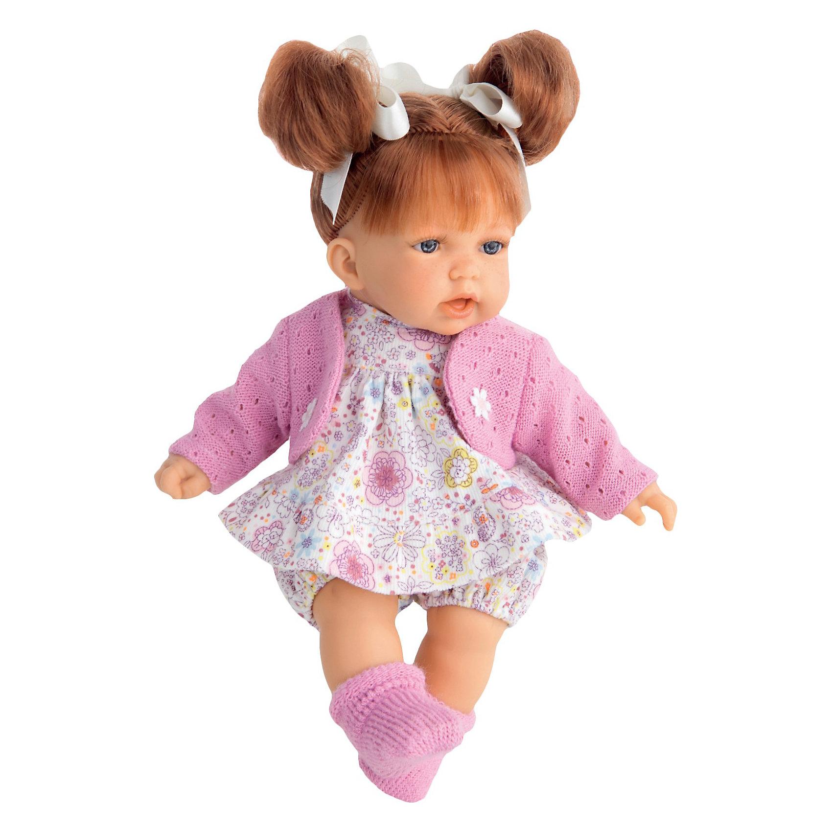 Кукла Рита, брюнетка, 27 см, Munecas Antonio JuanКукла Рита, брюнетка, 27 см, JUAN ANTONIO munecas (ХУАН АНТОНИО мунекас) – это качественные игрушки из Испании, популярные во всем мире.<br>Кукла Рита такая милая и очаровательная, что не оставит равнодушным ни ребенка, ни даже взрослого. У Риты платье в цветочек, шортики, розовая кофточка. Волосы завязаны в два хвостика На ножках розовые носочки. <br>Тельце у куклы мягко-набивное, голова, ручки и ножки сделаны из мягкого качественного винила. Ручки и ножки подвижны. Образы малышей Мунекас разработаны известными европейскими дизайнерами. Они натуралистичны, анатомически точны, копируют настоящих младенцев. Макеты кукол слеплены вручную, поэтому у каждой из моделей индивидуальные черты лица, которые вместе с нарядом и аксессуарами составляют уникальный и неповторимый образ.<br><br>Дополнительная информация:<br><br>- кукла озвучена (при нажатии на животик произносит мама, папа, смеется),<br>- Глаза куклы не закрываются<br>- Высоты куклы: 27 см.<br>- Работает от 3-х батареек LR44 (таблетки) (батарейки входят в комплект)<br>- После покупки игрушки перед игрой куклу необходимо активировать, вынув защитную полоску из механизма с батарейками<br><br>Куклу Рита, брюнетка, 27 см, JUAN ANTONIO munecas (ХУАН АНТОНИО мунекас) можно купить в нашем интернет-магазине.<br><br>Ширина мм: 100<br>Глубина мм: 175<br>Высота мм: 310<br>Вес г: 660<br>Возраст от месяцев: 36<br>Возраст до месяцев: 72<br>Пол: Женский<br>Возраст: Детский<br>SKU: 3777971