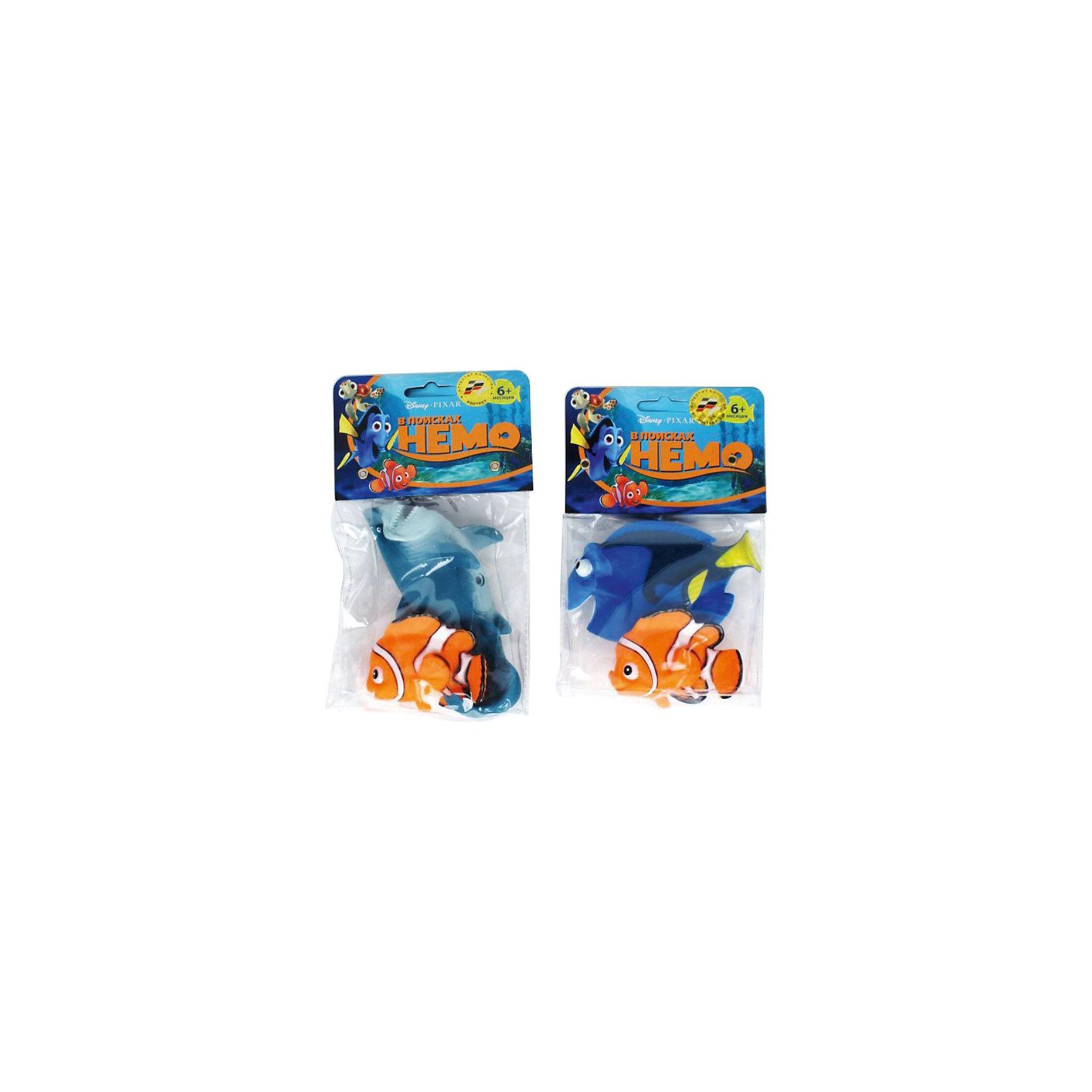 Набор для купания Немо,  disney, Играем вместе, в ассортиментеЯркий, красочный набор для купания Немо, Disney, Играем вместе превратит купание ребенка в веселую увлекательную игру. Набор выполнен по мотивам популярного диснеевского мультфильма В поисках Немо (Finding Nemo) о приключениях маленькой рыбки Немо и его друзей. В комплекте Вы найдете фигурки Немо и одной из рыбок - персонажей мультфильма. Легкие фигурки выполнены из мягкого качественного материала, ребенок с удовольствием будет играть с ними не только во время купания.<br><br>Дополнительная информация:<br><br>- Материал: ПВХ.<br>- Размер упаковки: 13 х 21 х 5 см.<br>- Вес: 110 гр.<br><br>ВНИМАНИЕ! Данный артикул имеется в наличии в разных вариантах исполнения. Заранее выбрать определенный вариант нельзя. При заказе нескольких наборов возможно получение одинаковых.<br><br>Набор для купания Немо, Disney, Играем вместе можно купить в нашем интернет-магазине.<br><br>Ширина мм: 130<br>Глубина мм: 50<br>Высота мм: 210<br>Вес г: 90<br>Возраст от месяцев: 6<br>Возраст до месяцев: 36<br>Пол: Унисекс<br>Возраст: Детский<br>SKU: 3778144
