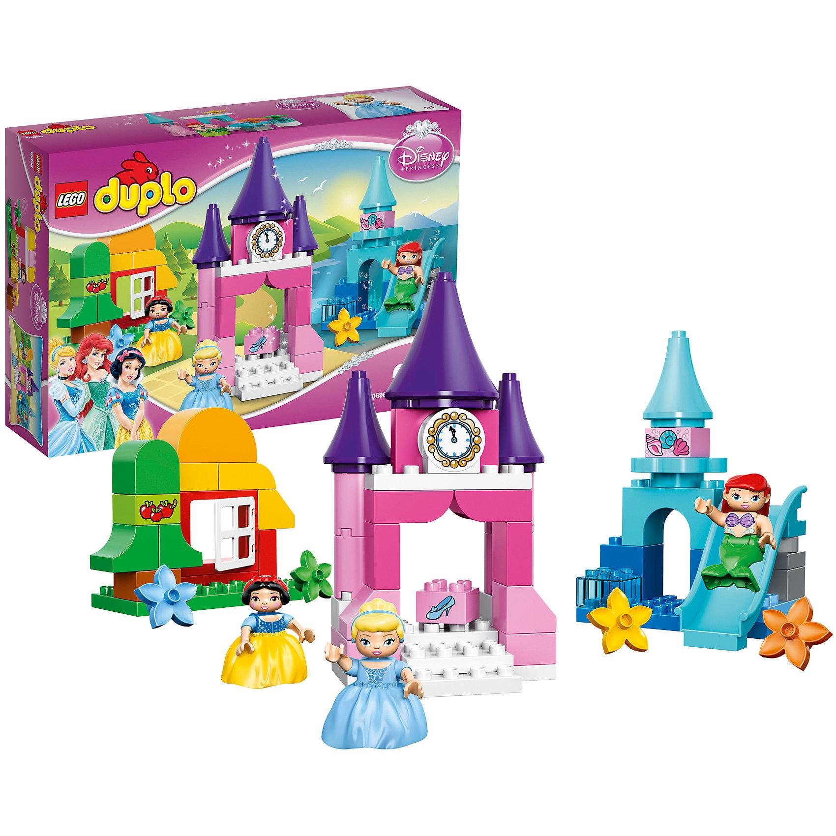 LEGO DUPLO 10596: Коллекция «Принцесса Диснея»Ни одна малышка не останется равнодушной к конструктору LEGO DUPLO (ЛЕГО Дупло) 10596: Коллекция «Принцесса Диснея». В набор входят фигурки трех самых популярных и любимых принцесс Диснея – Золушки, Ариэль и Белоснежки. Каждая из них живет в своем оригинальном доме с добавлением тематических аксессуаров. Белоснежка обитает в лесной хижине, окруженной яблоней и цветами; Ариэль катается с горки около ее подводного дворца; Золушка бежит с бала и роняет свою хрустальную туфельку. Все детали  конструктора взаимозаменяемые, благодаря чему можно создавать что-то новое, включив свою фантазию и мастерство. Можно построить сразу три отдельных домика или один большой замок, где они смогут устраивать балы или просто весело проводить время.<br><br>Конструкторы LEGO DUPLO (ЛЕГО ДУПЛО), предназначенные для детей дошкольного возраста, сочетают игру и обучение, а также развивают мелкую моторику, пространственное мышление и творческие способности малышей и дошкольников. Кубики LEGO DUPLO (ЛЕГО ДУПЛО) в 8 раз больше, чем обычные кубики, что позволяет ребенку удобно их держать и быстро строить. Большое количество дополнительных элементов делает игровые сюжеты по-настоящему захватывающими и реалистичными. Все наборы ЛЕГО ДУПЛО соответствуют самым высоким европейским стандартам качества и абсолютно безопасны. <br><br>Дополнительная информация:<br>-Размер упаковки: 38,2x26,2x9,4 см<br>-Размеры замка Золушки: 24 х 13 х 9 см<br>-Размеры  подводного дворца Ариэль: 19 х 13 х 11 см<br>-Размеры хижины Белоснежки: 13 х 14 х 6 см<br>-Вес: 0,86 кг<br>-Деталей: 63 шт. <br>-Материал: пластик<br>-Весь набор упакован в фирменную картонную коробку ЛЕГО<br><br>LEGO DUPLO (ЛЕГО Дупло) 10596: Коллекция «Принцесса Диснея» можно купить в нашем магазине.<br><br>Ширина мм: 386<br>Глубина мм: 264<br>Высота мм: 101<br>Вес г: 882<br>Возраст от месяцев: 24<br>Возраст до месяцев: 60<br>Пол: Женский<br>Возраст: Детский<br>SKU: 3786057