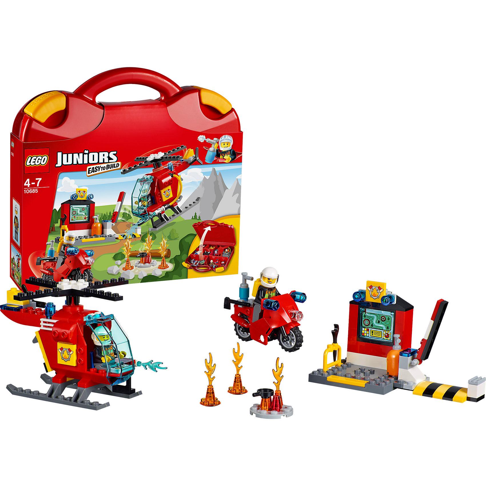 LEGO Juniors 10685: Чемоданчик «Пожар»Конструктор LEGO Juniors (ЛЕГО Джуниорс) 10685: Чемоданчик «Пожар» поможет малышам разыграть интересные истории из городской жизни. В удобном и компактном чемоданчике ребенок найдет множество аксессуаров, которые сделают игру по-настоящему увлекательной и реалистичной. Пожар может начаться в любой части города. Информация о местонахождении возгорания тут же посылается на мобильный пожарный пункт, где располагается компьютер и инструменты. Бравый пожарный садится на суперскоростной мотоцикл и мчится к месту пожара. Если же возгорание обнаружено в труднодоступном месте, то в дело вступает пожарный вертолет, оборудованный по последнему слову техники. Берите чемоданчик Пожар с собой в путешествие и на прогулку и Вам никогда не будет скучно в компании LEGO (ЛЕГО)!<br><br>Серия конструкторов LEGO Juniors (ЛЕГО Джуниорс) - специально разработаны для детей от 4 до 7 лет. Размер кубиков и деталей соответствует обычным размерам. При этом наборы очень просты в сборке. Понятные инструкции позволяют детям быстро получить результат и приступить к игре. Конструкторы этой серии прекрасно детализированы, яркие, прочные, имеют множество различных сюжетов - идеально подходят для реалистичных и познавательных игр.<br><br>Дополнительная информация:<br><br>- Игра с конструктором  LEGO (ЛЕГО) развивает мелкую моторику ребенка, фантазию и воображение, учит его усидчивости и внимательности;<br>- В комплекте: 2 минифигурки пожарных, шланг, струи воды, языки пламени, сковорода, топор, газовый ключ, огнетушитель, сигнальные огни и эмблема пожарных, детали набора; <br>- Количество деталей: 113 шт;<br>- Удобно хранить и брать с собой;<br>- Серия: LEGO Juniors (ЛЕГО Джуниорс);<br>- Материал: пластик;<br>- Размер упаковки: 28 х 26 х 6 см;<br>- Вес: 0,8 кг <br><br>Конструктор LEGO Juniors (ЛЕГО Джуниорс) 10685: Чемоданчик «Пожар» можно купить в нашем интернет-магазине.<br><br>Ширина мм: 286<br>Глубина мм: 266<br>Высота мм: 68<br>Вес г: 705<br>Возраст от месяцев