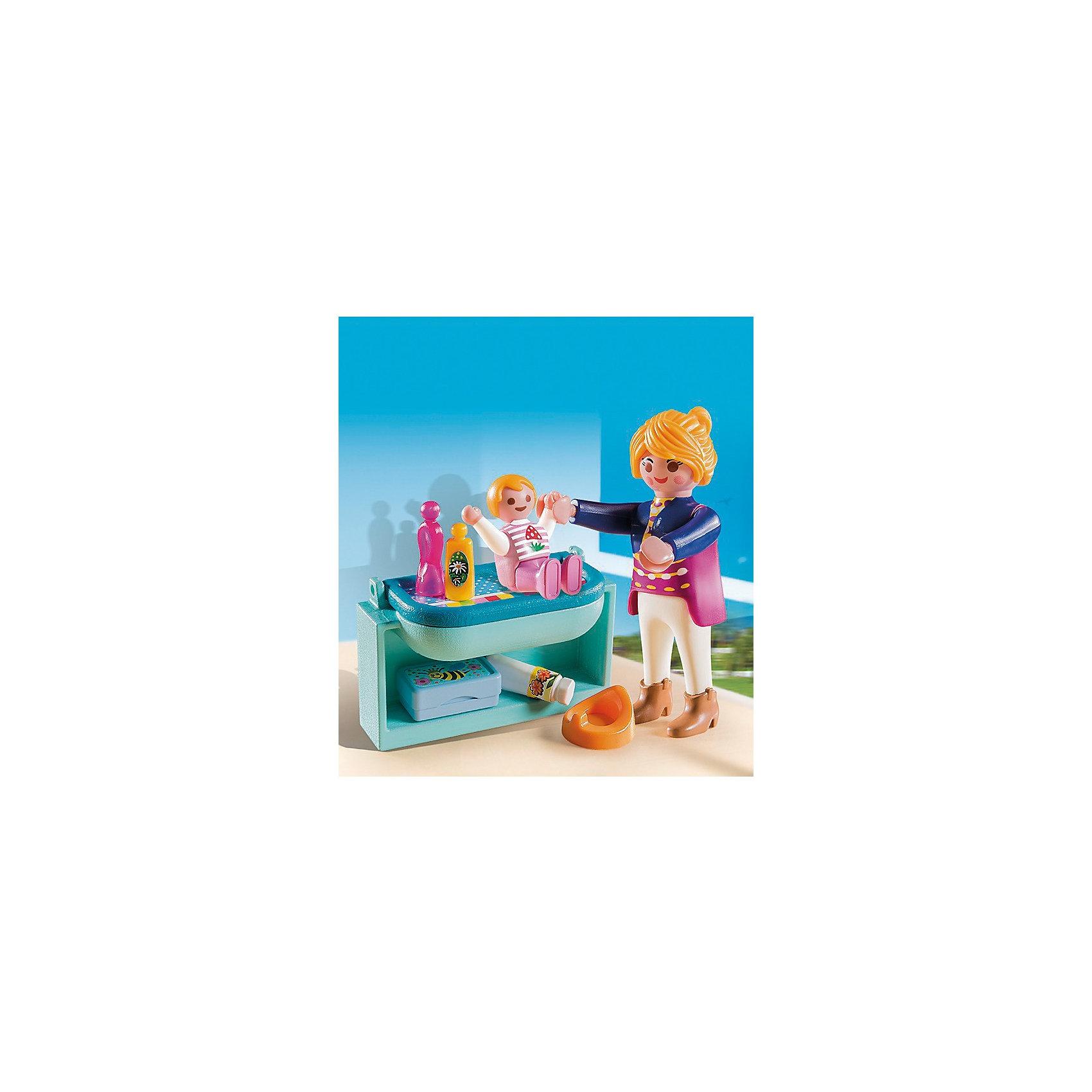 Экстра-набор: Мама с ребенком, PLAYMOBILВ набор входят фигурки мамы и ее ребенка, пеленальный столик и детские аксессуары. Фигурки имеют подвижные конечности, в руки можно вложить инструменты. Все детали прекрасно проработаны и выполнены из высококачественного экологичного пластика безопасного для детей. <br><br>Дополнительная информация:<br><br>- 2 фигурки в наборе.<br>- Комплектация: 2 фигурки, пеленальный столик, шампунь, присыпка, горшок, полотенца. <br>- Материал: пластик.<br>- Размер упаковки: 13х10х3 см.<br>- Высота фигурки: 7,5 см.<br>- Голова, руки, ноги у фигурки подвижные.<br><br>Экстра-набор: Мама с ребенком, PLAYMOBIL (Плеймобил), можно купить в нашем магазине.<br><br>Ширина мм: 138<br>Глубина мм: 96<br>Высота мм: 35<br>Вес г: 61<br>Возраст от месяцев: 48<br>Возраст до месяцев: 120<br>Пол: Женский<br>Возраст: Детский<br>SKU: 3786453