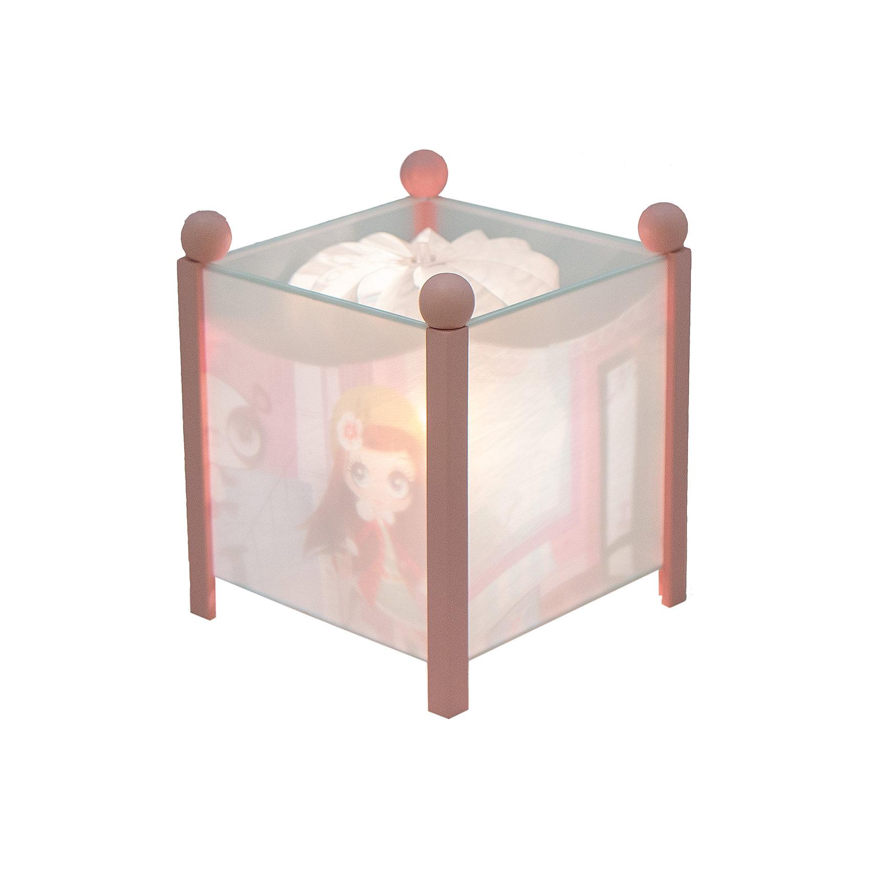 Светильник-ночник Littlest Pet Shop, 12V, TrousselierСветильник-ночник Littlest Pet Shop, 12V, Trousselier сделан в виде симпатичной игрушки, которая делает приятным и уютным погружение в сладкий мир сновидений.<br><br>Он светится нежным мягким светом, не раздражающим глазки даже ночью. Внутрь светильника встроен специальный механизм, вращающий цилиндр ночника от тепла лампочки.   Ночник упакован в праздничную коробку, что дает возможность преподнести его в качестве подарка на праздник.<br><br>Дополнительная информация:<br><br>- Цилиндр ночника вращается благодаря  системе нагрева от лампочки 12 V 20 W, розетка E 14.C. <br>- Размер: 16,50 см x 19 см. <br>- Материал: металлический корпус, деревянные ножки и углы, пластиковый, жароустойчивый цилиндр.<br>- Вес: 1037 г<br>- Поставляется в подарочной упаковке.<br>Соответствует нормам безопасности: CE EN 60598-2-10<br><br>Светильник-ночник Littlest Pet Shop, 12V, Trousselier можно купить в нашем магазине.<br><br>Ширина мм: 160<br>Глубина мм: 160<br>Высота мм: 190<br>Вес г: 1037<br>Возраст от месяцев: 36<br>Возраст до месяцев: 144<br>Пол: Женский<br>Возраст: Детский<br>SKU: 3807743