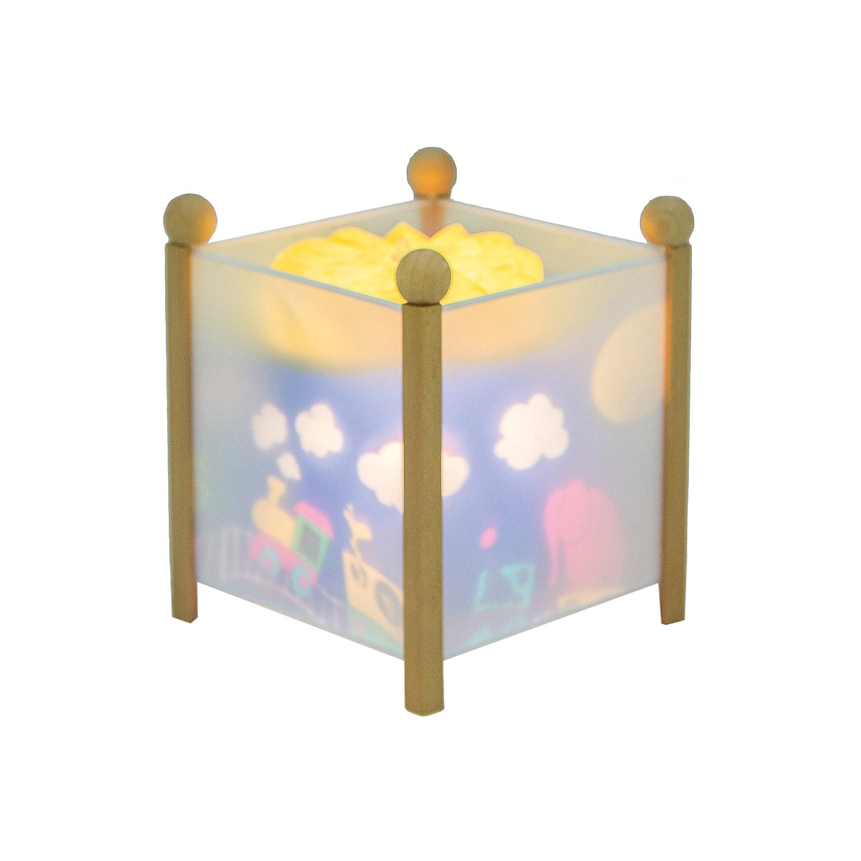 Светильник-ночник Паровозик, 12V, TrousselierНочники и проекторы<br>Светильник-ночник Паровозик, 12V, Trousselier сделан в виде симпатичной игрушки, которая делает приятным и уютным погружение в сладкий мир сновидений.<br><br>Он светится нежным мягким светом, не раздражающим глазки даже ночью. Внутрь светильника встроен специальный механизм, вращающий цилиндр ночника от тепла лампочки. Ночник упакован в праздничную коробку, что дает возможность преподнести его в качестве подарка на праздник.<br><br>Дополнительная информация:<br><br>- Цилиндр ночника вращается благодаря  системе нагрева от лампочки 12 V 20 W, розетка E 14.C. <br>- Размер: 16,50 см x 19 см. <br>- Материал: металлический корпус, деревянные ножки и углы, пластиковый, жароустойчивый цилиндр.<br>- Вес: 1037 г<br>- Поставляется в подарочной упаковке.<br>Соответствует нормам безопасности: CE EN 60598-2-10<br><br>Светильник-ночник Паровозик, 12V, Trousselier можно купить в нашем магазине.<br><br>Ширина мм: 160<br>Глубина мм: 160<br>Высота мм: 190<br>Вес г: 1037<br>Возраст от месяцев: 36<br>Возраст до месяцев: 144<br>Пол: Мужской<br>Возраст: Детский<br>SKU: 3807745