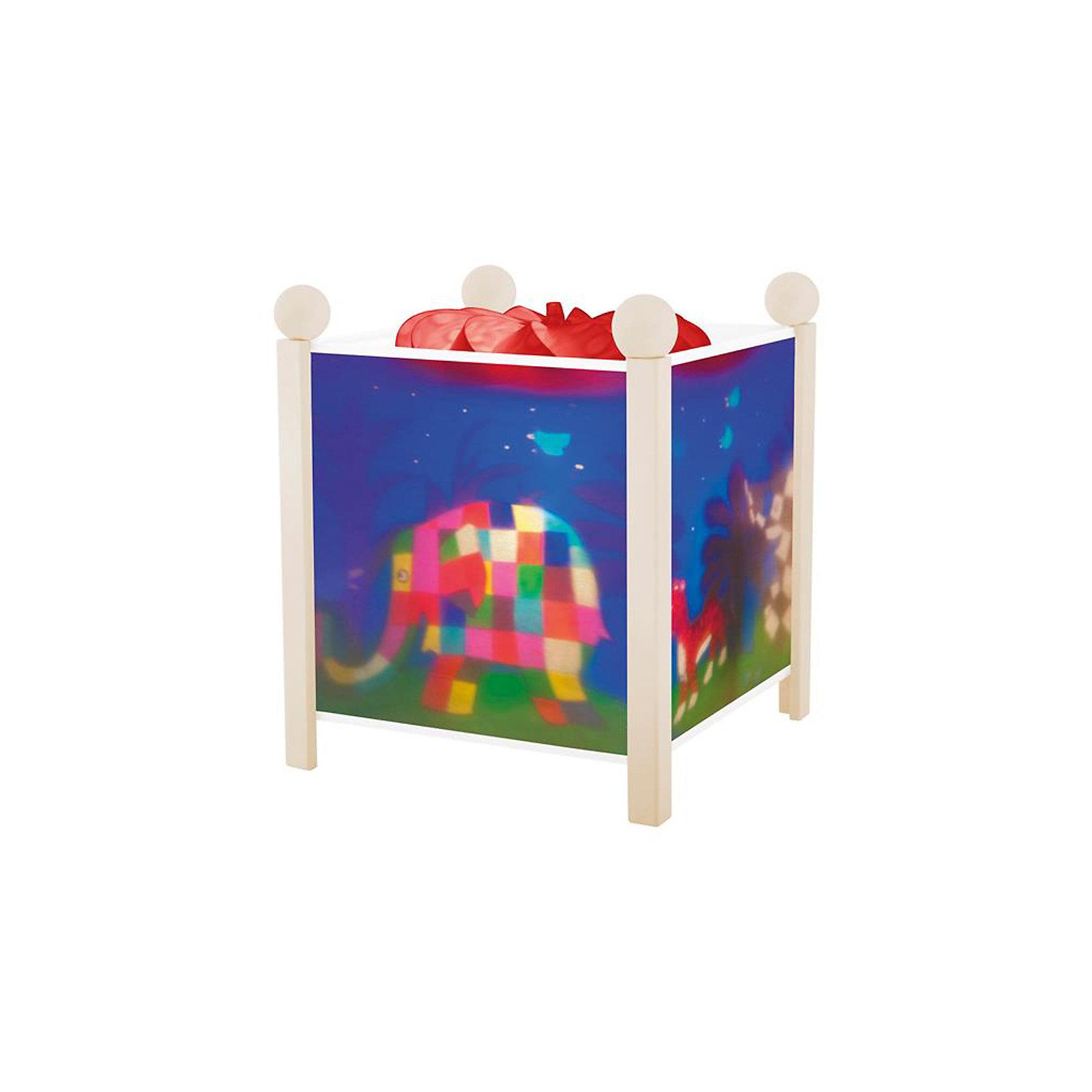 Светильник-ночник Слон Элмер, 12V, TrousselierНочники и проекторы<br>Светильник-ночник Слон Элмер, 12V, Trousselier сделан в виде симпатичной игрушки, которая делает приятным и уютным погружение в сладкий мир сновидений.<br><br>Он светится нежным мягким светом, не раздражающим глазки даже ночью. Внутрь светильника встроен специальный механизм, вращающий цилиндр ночника от тепла лампочки.  Ночник упакован в праздничную коробку, что дает возможность преподнести его в качестве подарка на праздник.<br><br>Дополнительная информация:<br><br>- Цилиндр ночника вращается благодаря  системе нагрева от лампочки 12 V 20 W, розетка E 14.C. <br>- Размер: 16,50 см x 19 см. <br>- Материал: металлический корпус, деревянные ножки и углы, пластиковый, жароустойчивый цилиндр.<br>- Вес: 1037 г<br>- Поставляется в подарочной упаковке.<br>Соответствует нормам безопасности: CE EN 60598-2-10<br><br>Светильник-ночник Слон Элмер, 12V, Trousselier можно купить в нашем магазине.<br><br>Ширина мм: 160<br>Глубина мм: 160<br>Высота мм: 190<br>Вес г: 1037<br>Возраст от месяцев: 36<br>Возраст до месяцев: 144<br>Пол: Унисекс<br>Возраст: Детский<br>SKU: 3807748