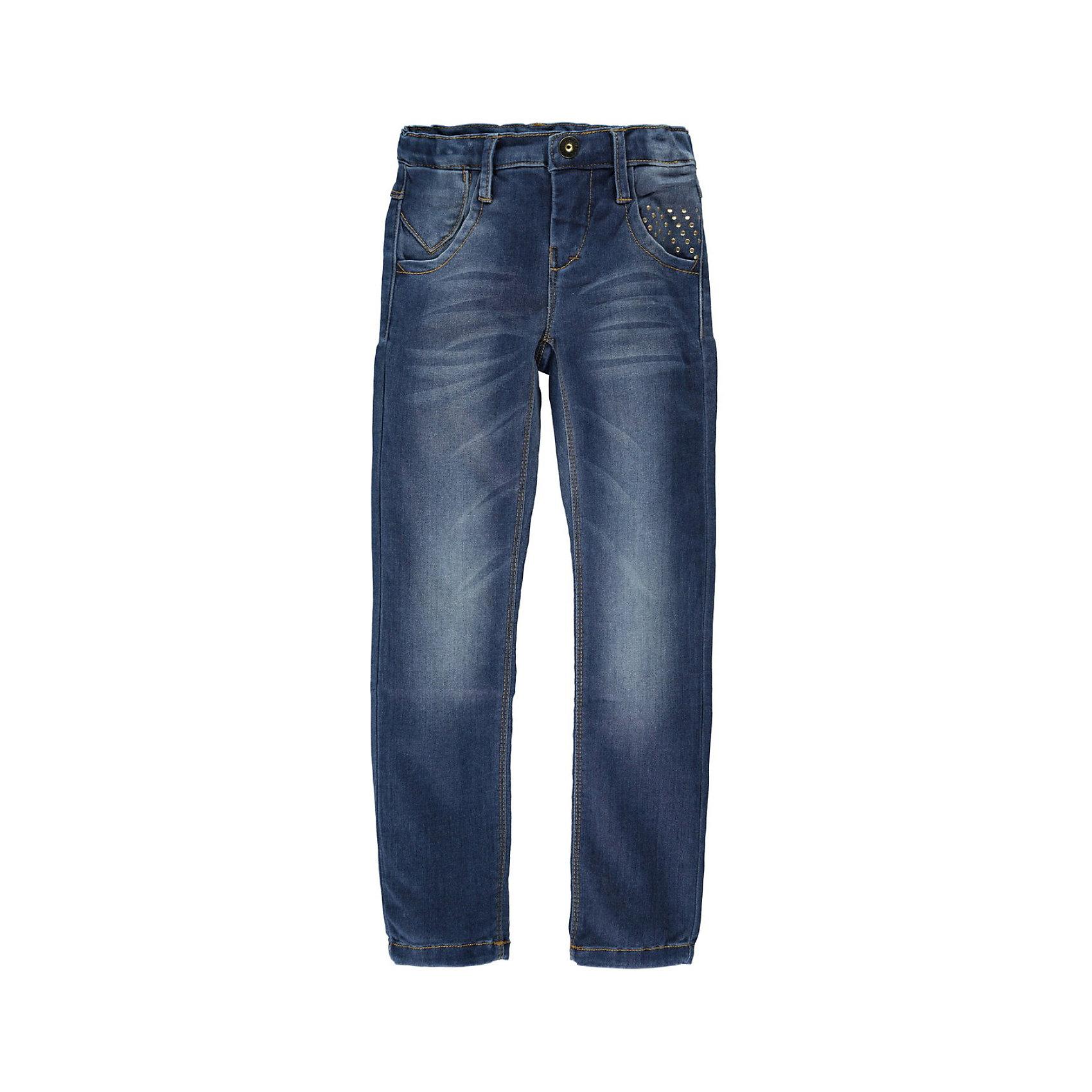 Джинсы для девочки name itДжинсы<br>Джинсы для девочки name it.  Классические синие джинсы прямого покроя подойдут к любой одежде и обуви. Удобная демократичная модель. Изделие выполнено из высококачественного прочного материала , прекрасно сидит на фигуре, не растягивается после стирки. Идеальный вариант на каждый день.<br><br>Дополнительное описание :<br>- Тип карманов: втачные<br>- Крой брючин: прямой<br>- Цвет: синий, потертости.<br>- Застежка: молния.<br>- Декоративные элементы: заклепки<br>Параметры для размера 140<br>-  Длина по внутреннему шву: 66 см<br>- Высота посадки: 19 см<br>- Ширина брючин низ: 16см<br>- Ширина брючин верх: 17 см<br><br>состав:<br>41% вискоза, 31% хлопок, 25% полиэстер, 3% эластан<br><br>Джинсы для девочки name it (нэйм ит) можно купить в нашем магазине<br><br>Ширина мм: 215<br>Глубина мм: 88<br>Высота мм: 191<br>Вес г: 336<br>Цвет: темно-синий<br>Возраст от месяцев: 84<br>Возраст до месяцев: 96<br>Пол: Женский<br>Возраст: Детский<br>Размер: 110,140,134,128,116,152,122,146<br>SKU: 3815261